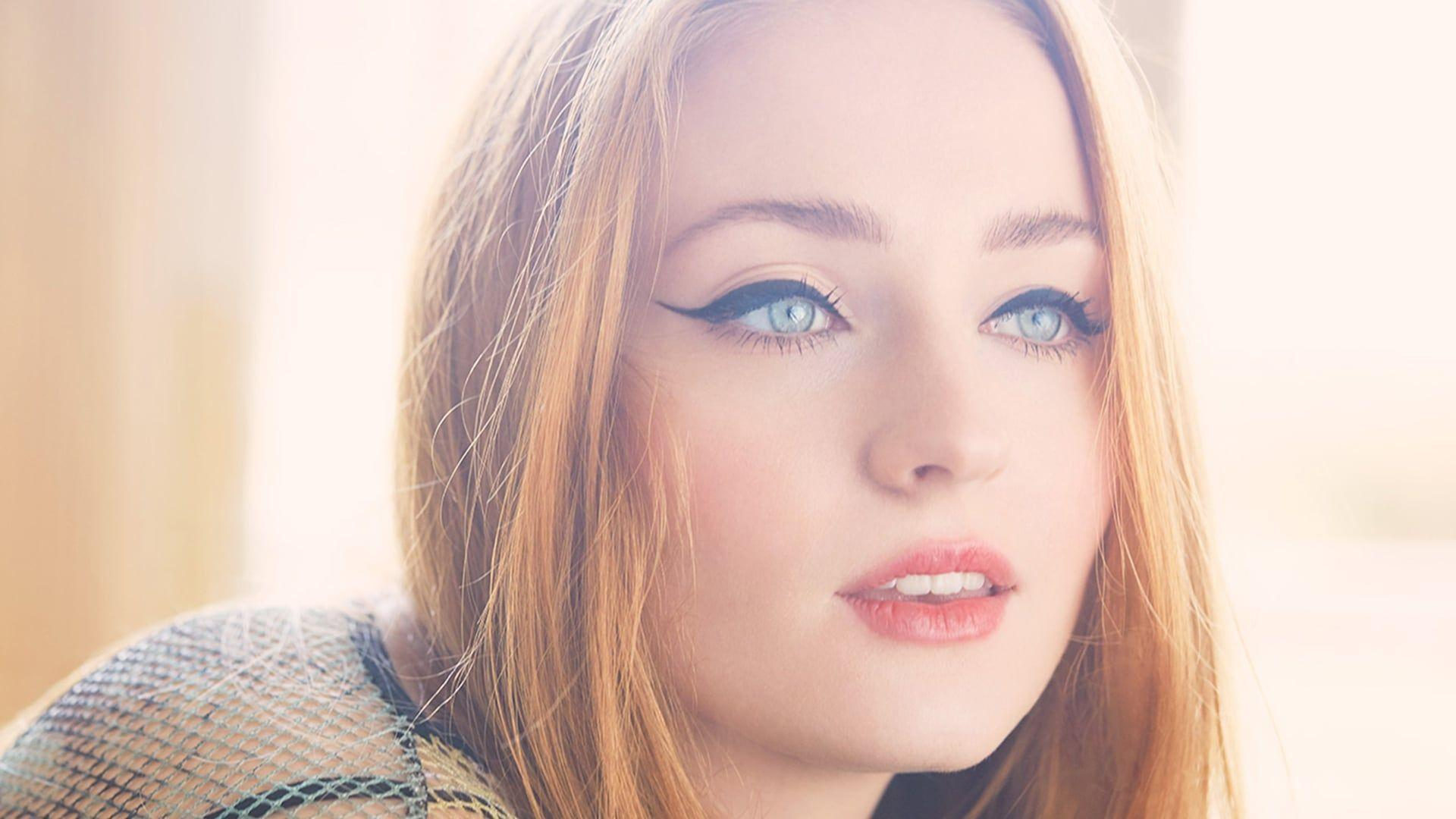30+ Sophie Turner wallpapers HD free Download