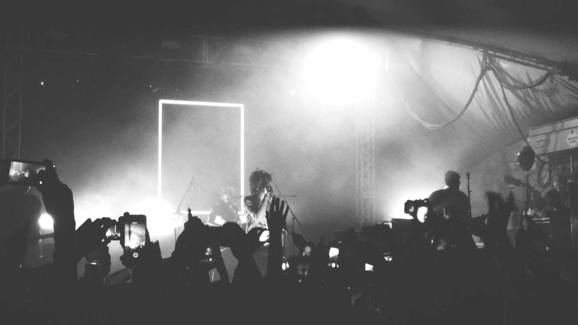 The 1975 Wallpaper Iphone