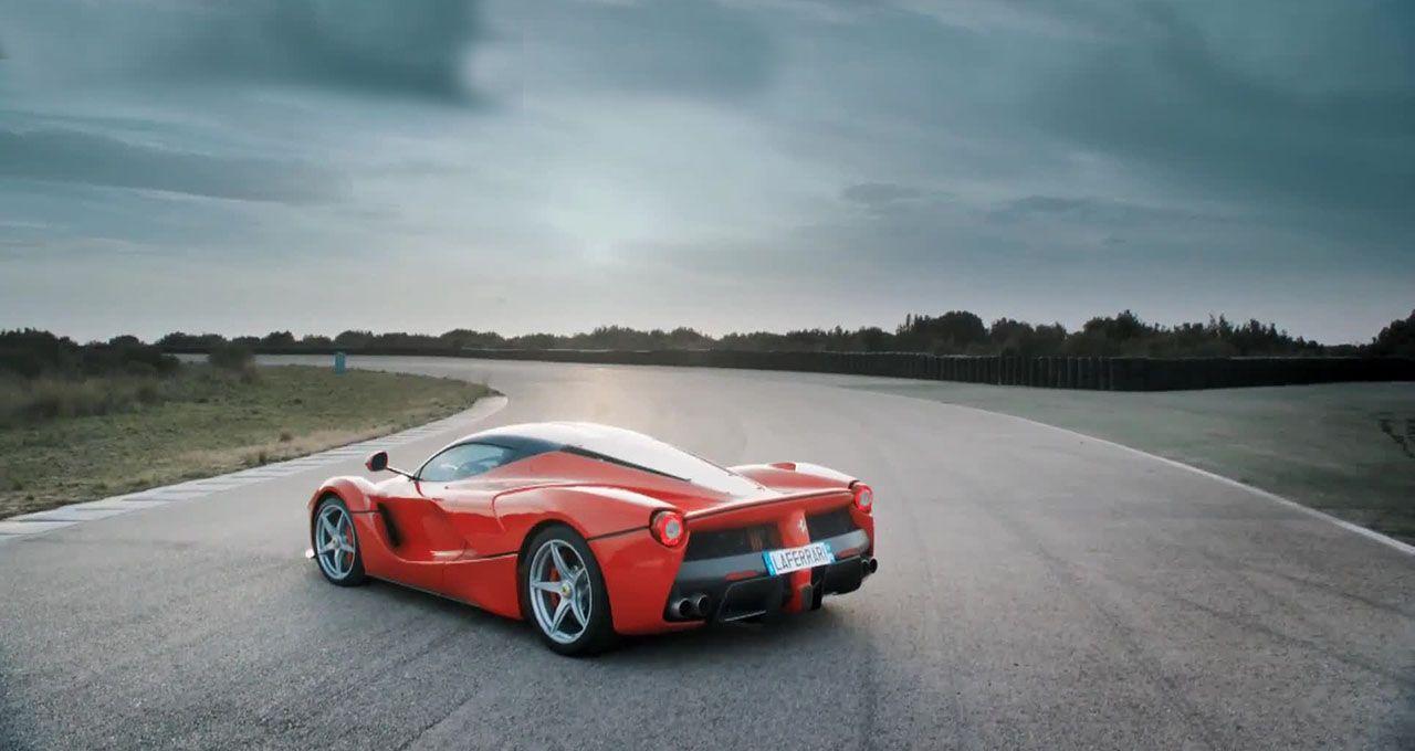 2015 Ferrari LaFerrari Wallpaper Collections
