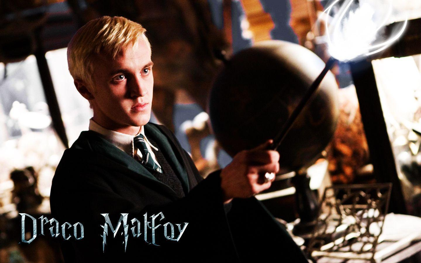 Download the Draco Malfoy Wallpaper, Draco Malfoy iPhone Wallpapers