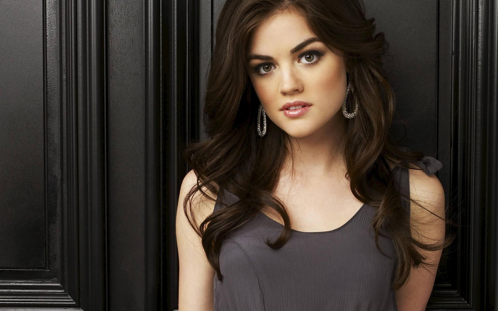 Lucy Hale Pretty Little Liars - wallpaper.