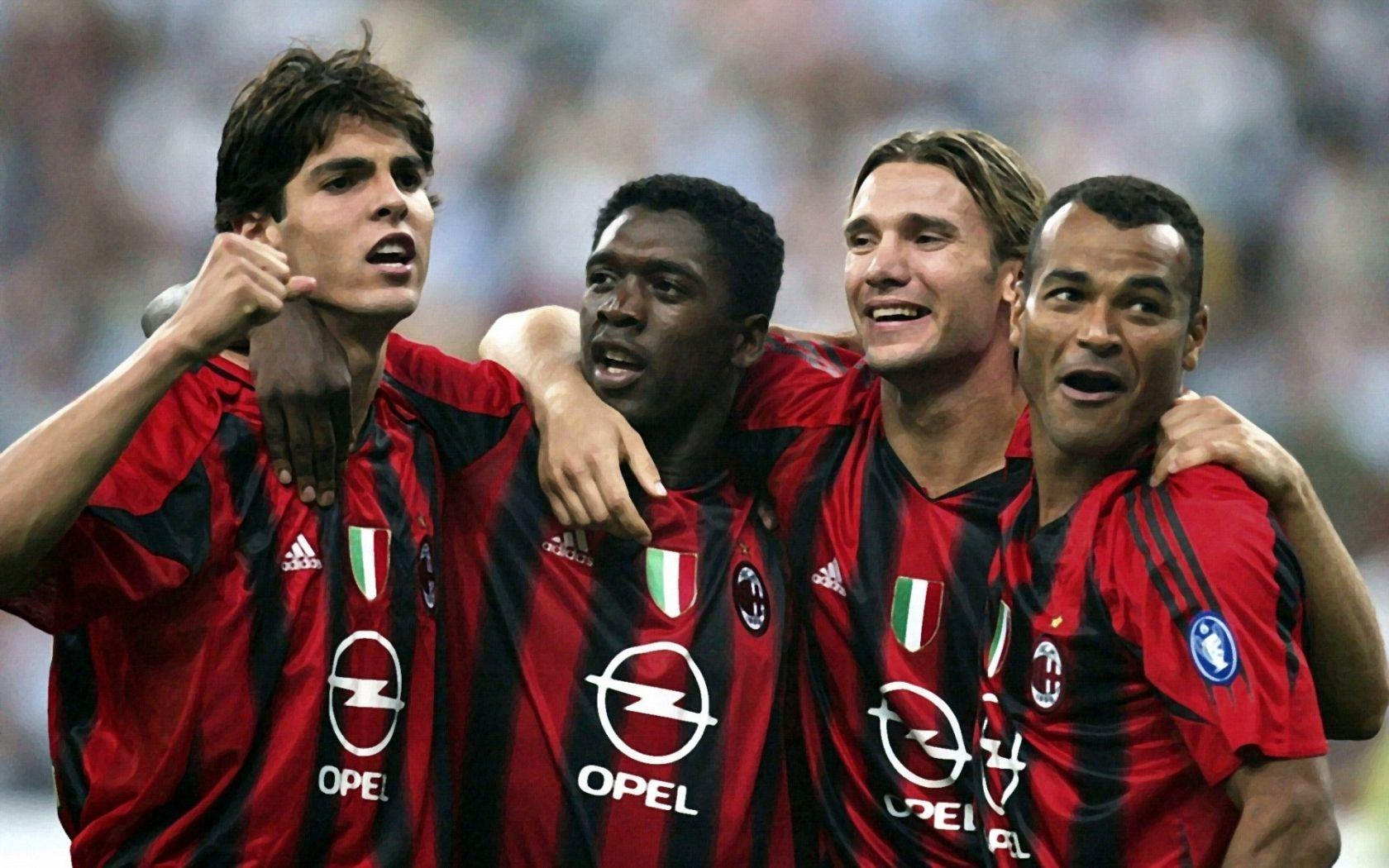 Milan Soccer Players widescreen wallpaper | Wide-Wallpapers.NET