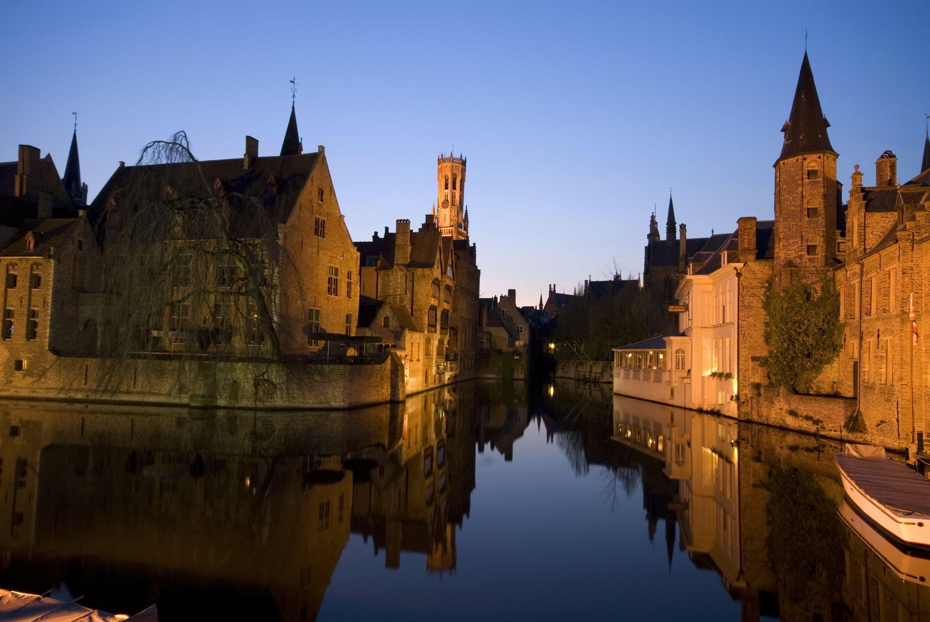 Wallpapers Belgium Houses Rivers Bruge Night Canal Cities download ...