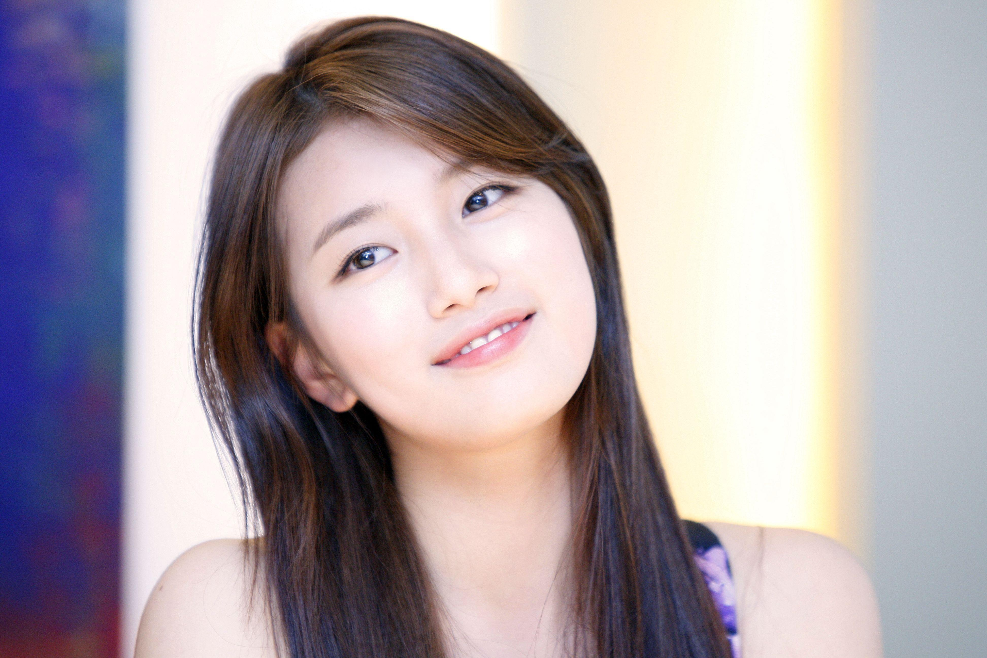 Wallpapers of bae suzy south korean singer actress - 99 HD Wallpapers