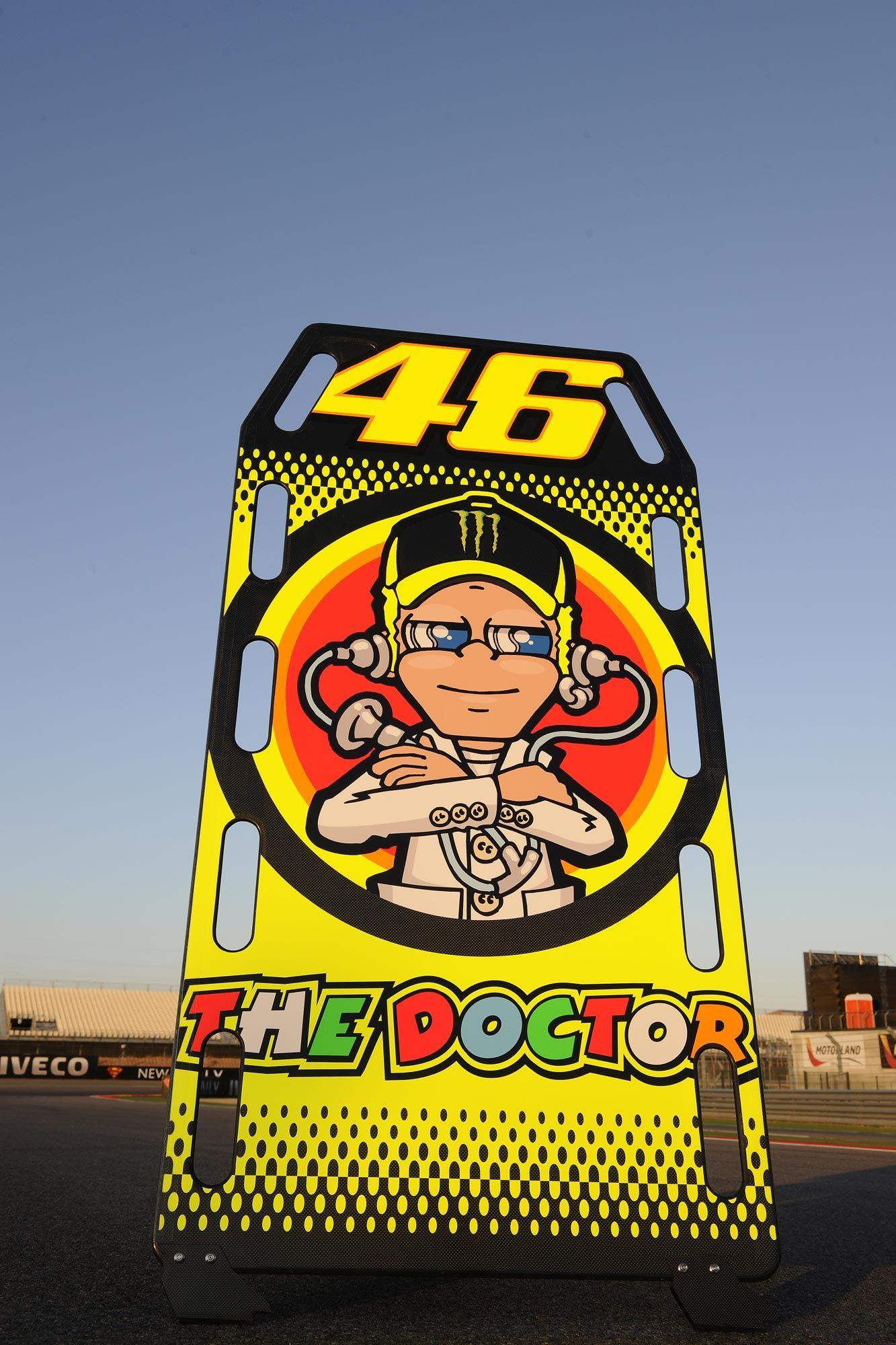1000+ images about Valentino Rossi VR46 on Pinterest | Cartoon ...