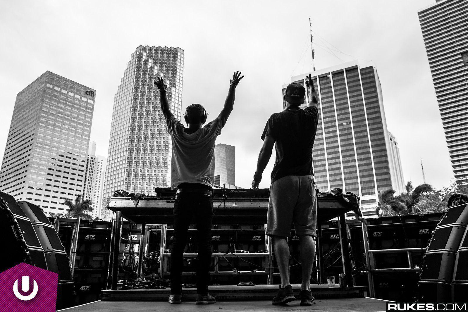 The Chainsmokers Artist Spotlight: