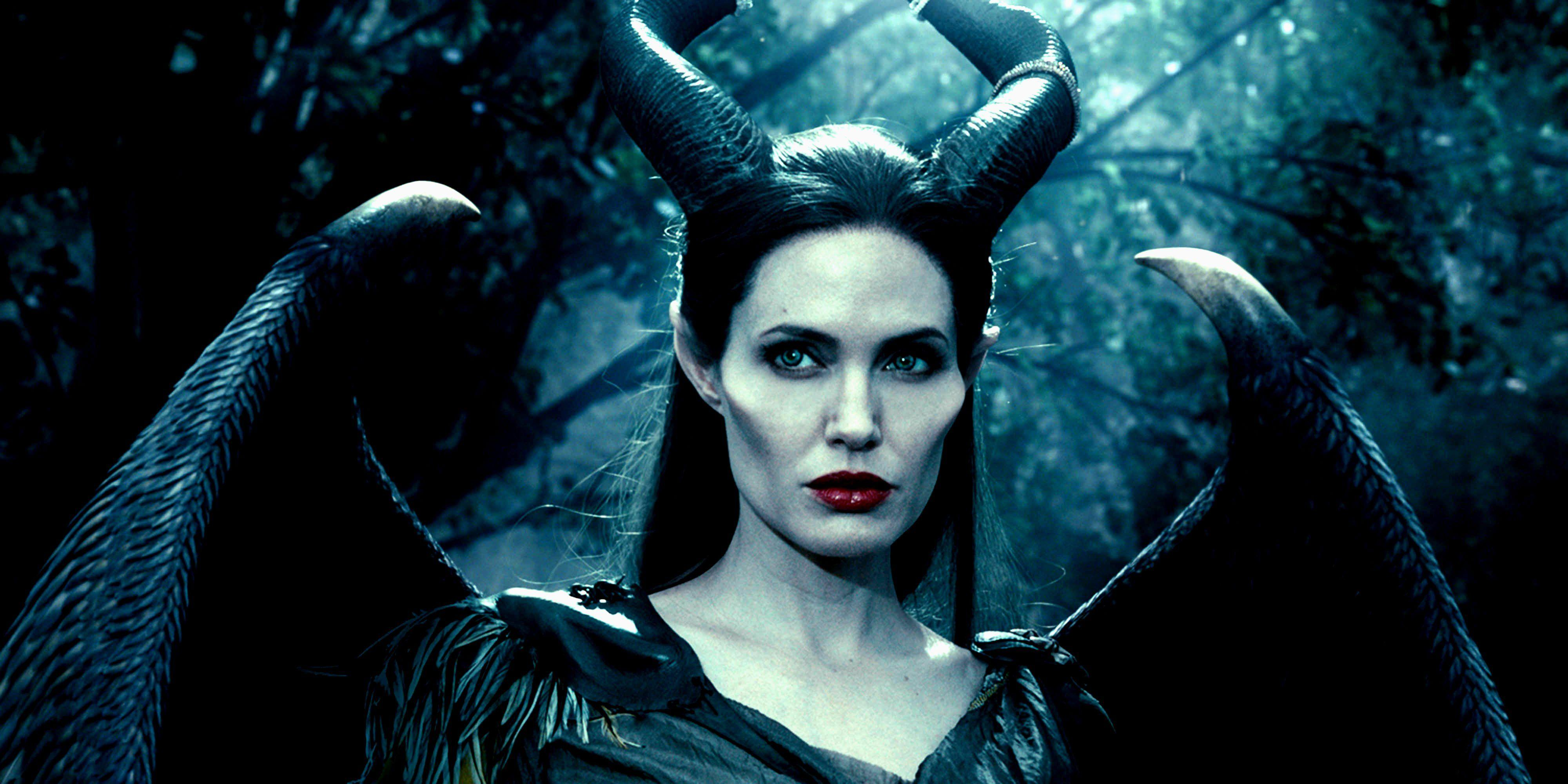 MALEFICENT fantasy disney action adventure family snow white