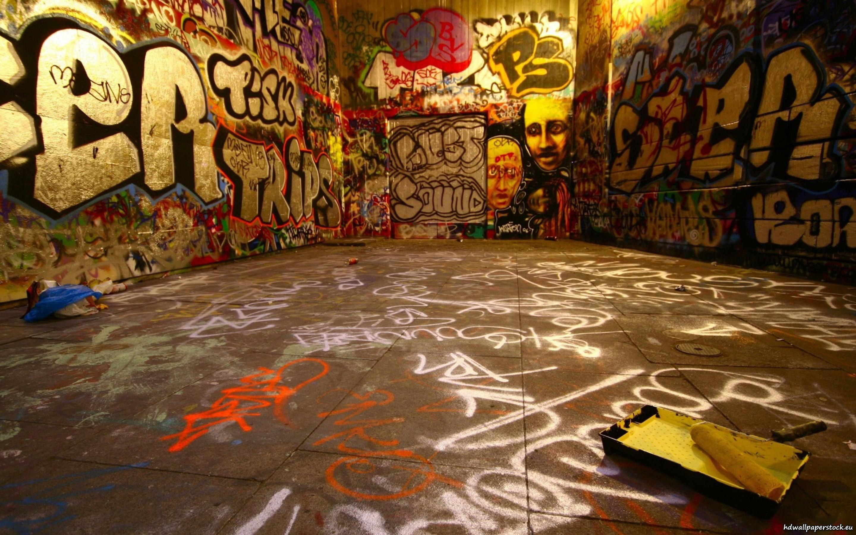 Graffiti Backgrounds wallpaper | 2880x1800 | #71123