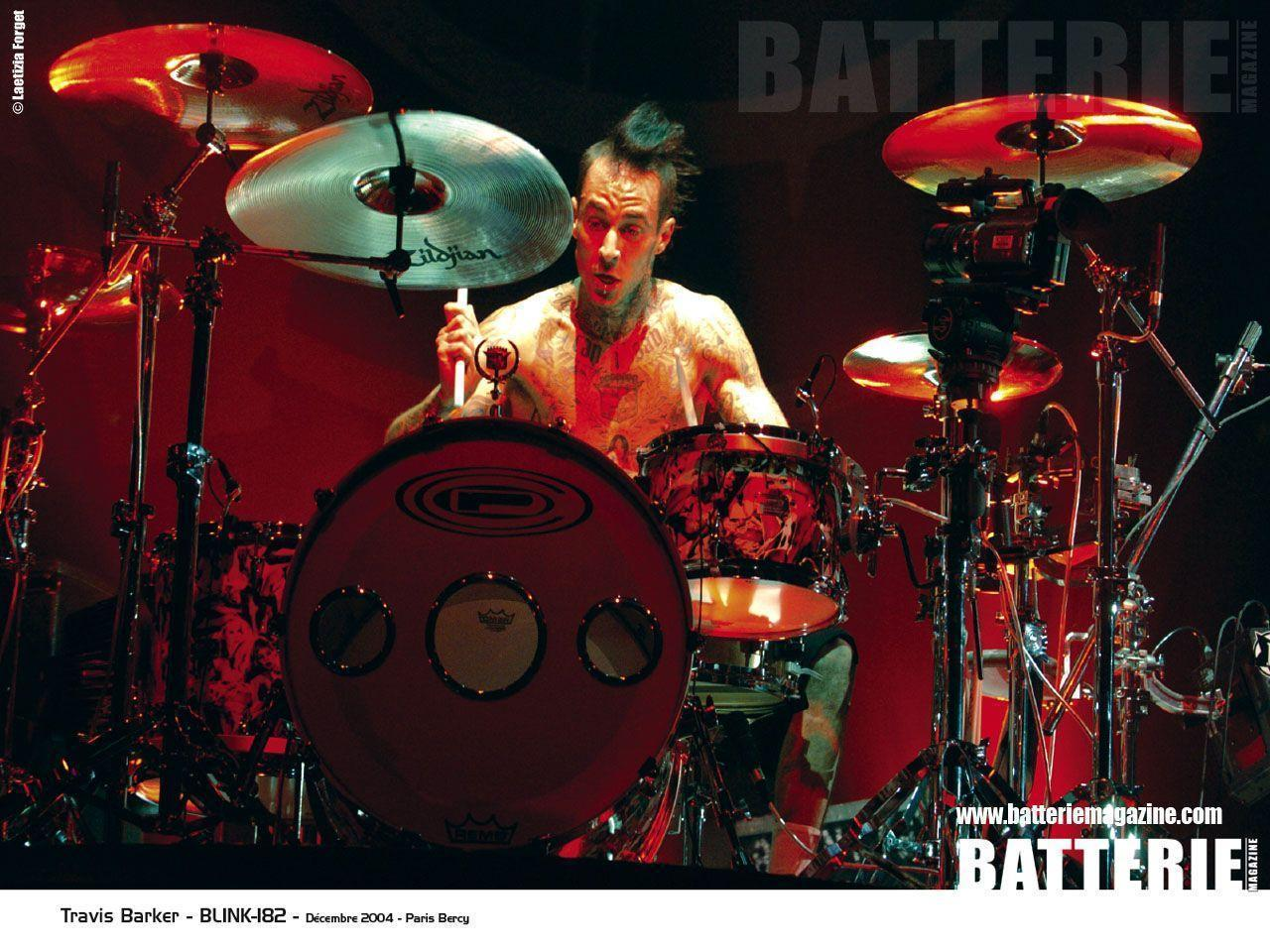 Travis Barker Goodies Batterie Magazine 1280x960 | #324437 #travis ...