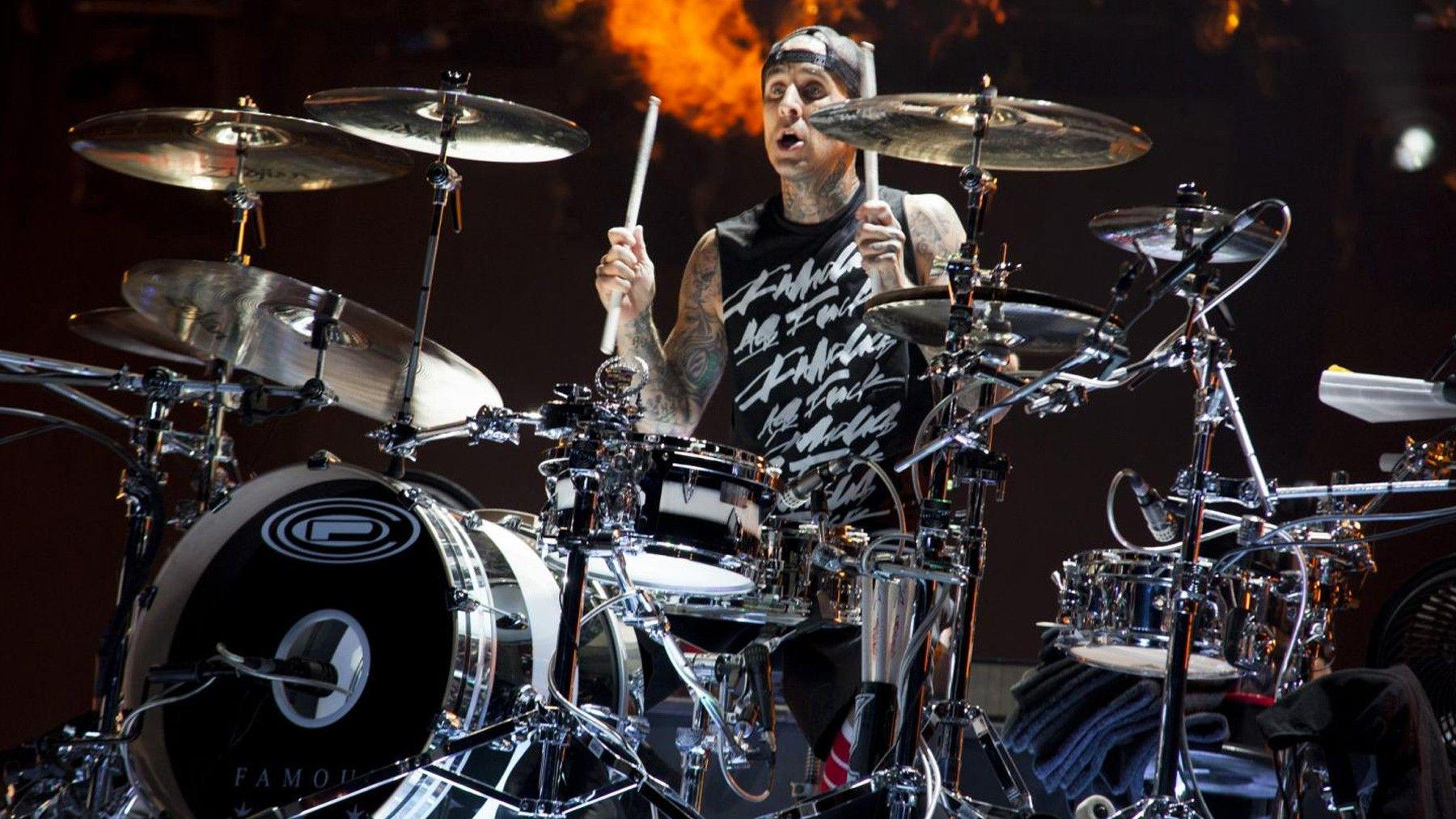Blink 182's Travis Barker joins Antemasque | Upset