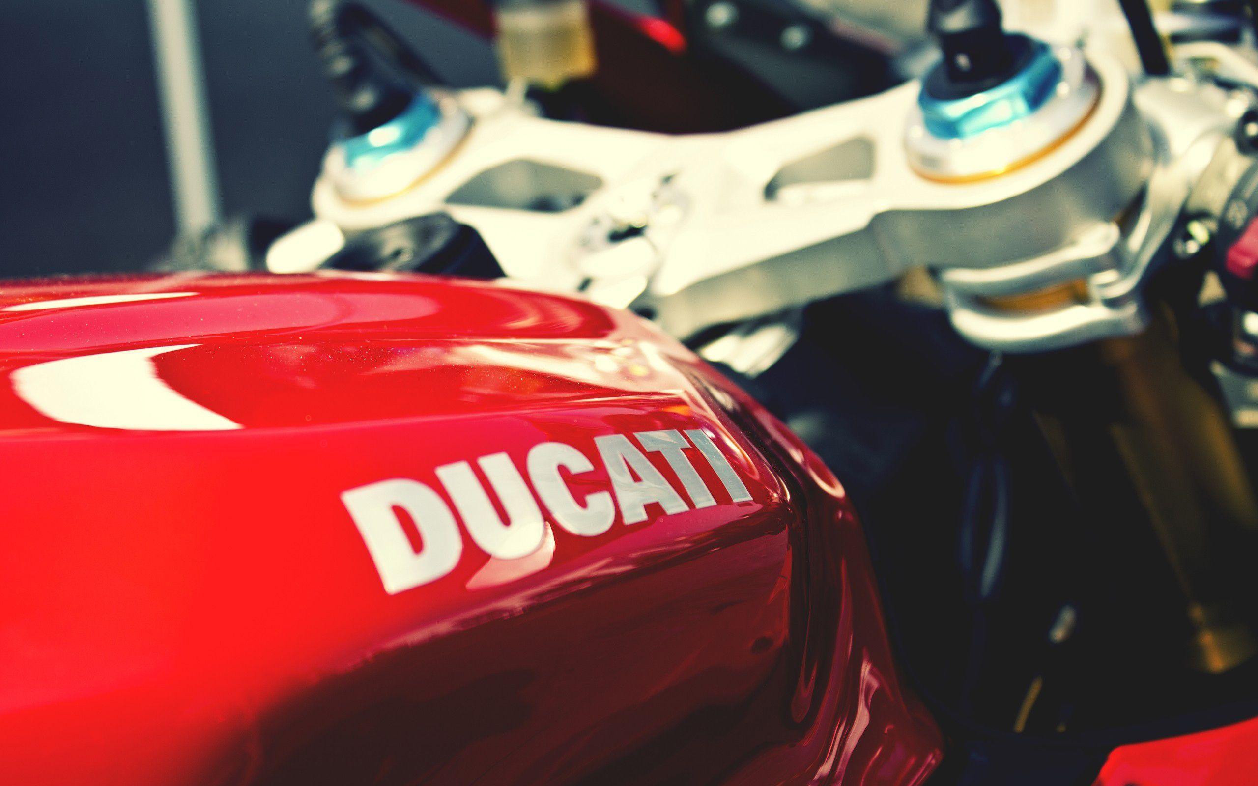 Ducati Logo Wallpaper Iphone