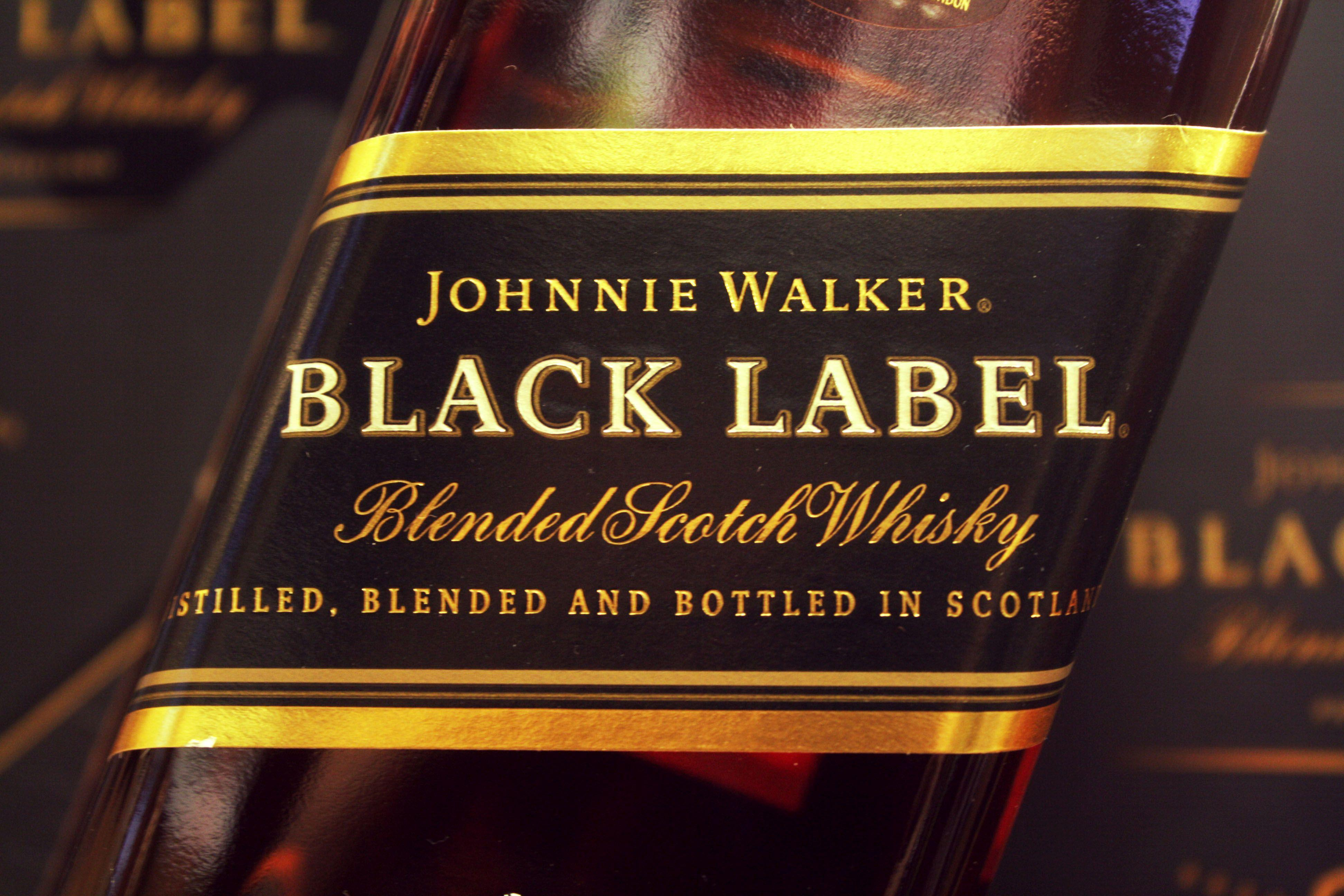 Whisky Johnny Walker Black Label Scotch Brand Wallpapers HD ...