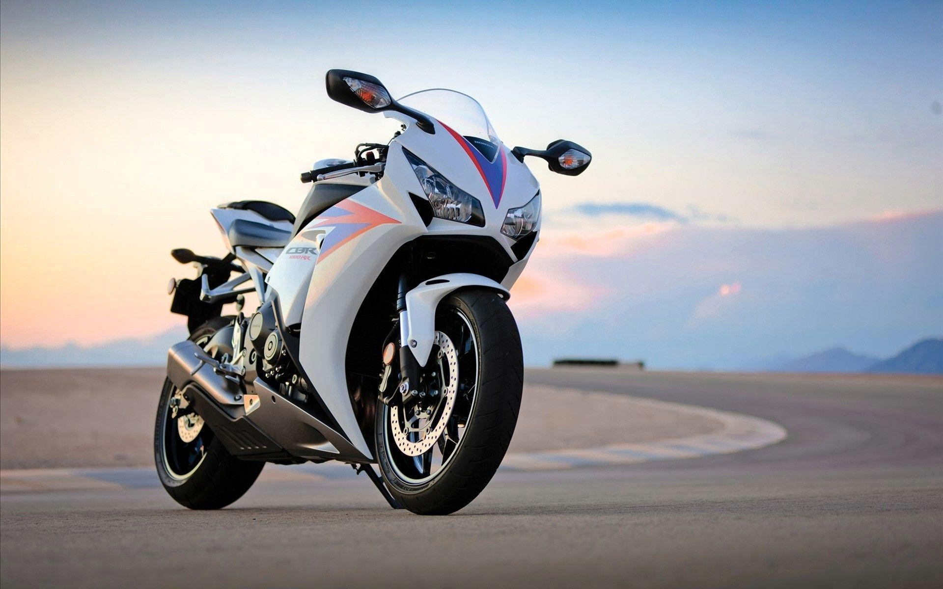 Sports Bikes Wallpapers Wallpaper Cave