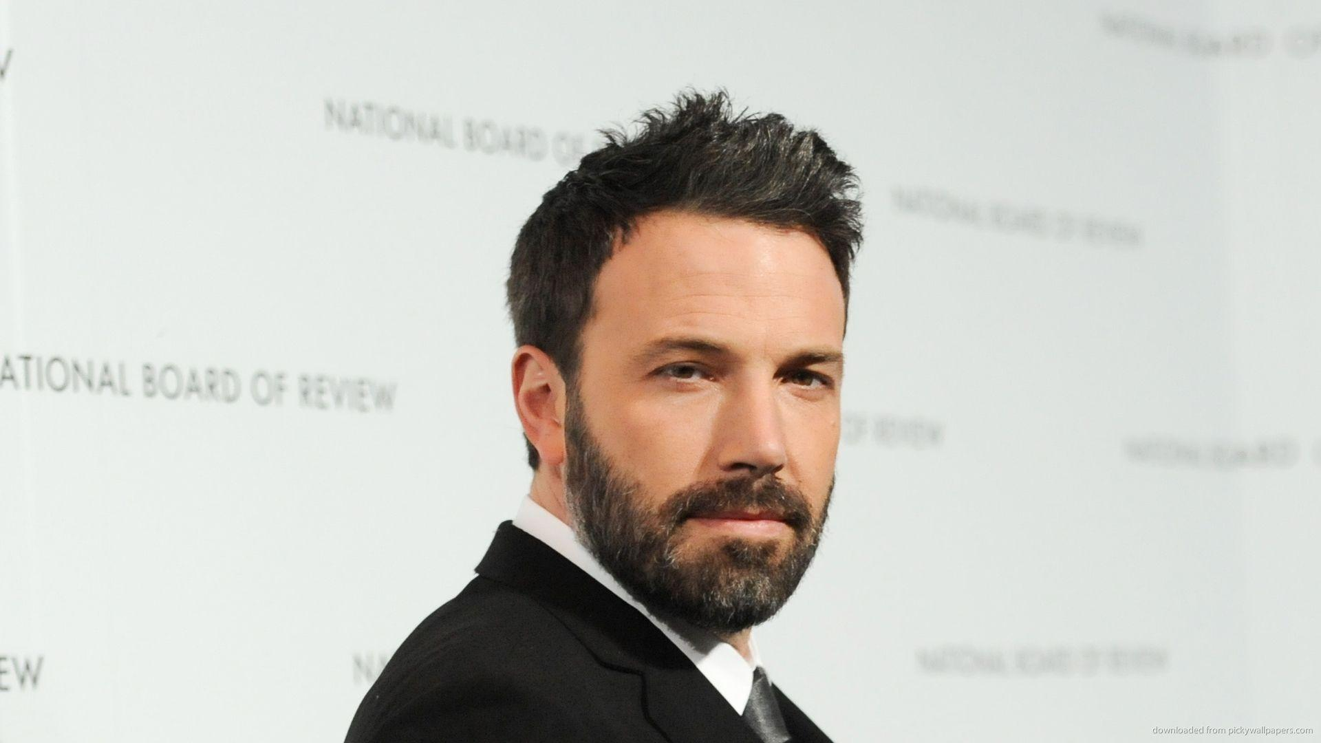 Download 1920x1080 Bearded Ben Affleck In Tuxedo Wallpapers