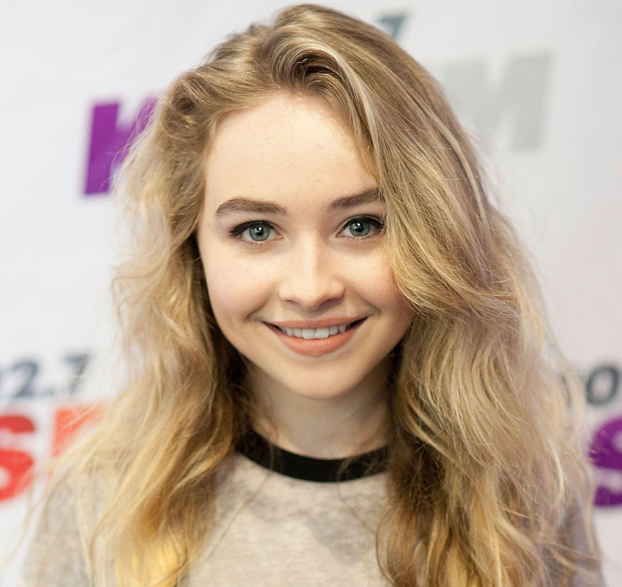 Sabrina carpenter wallpapers wallpaper cave - Sabrina carpenter hd wallpaper ...