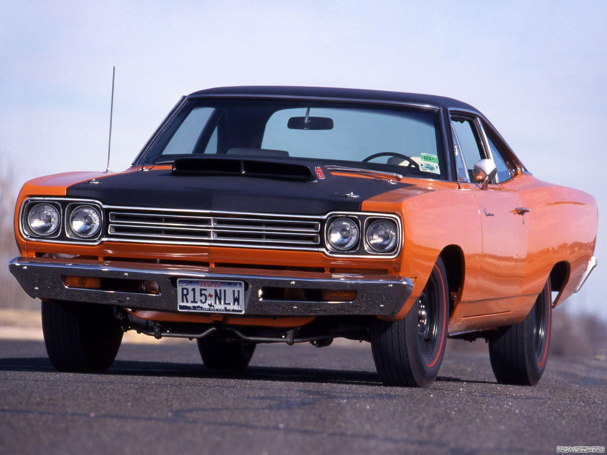 Plymouth Roadrunner Wallpaper