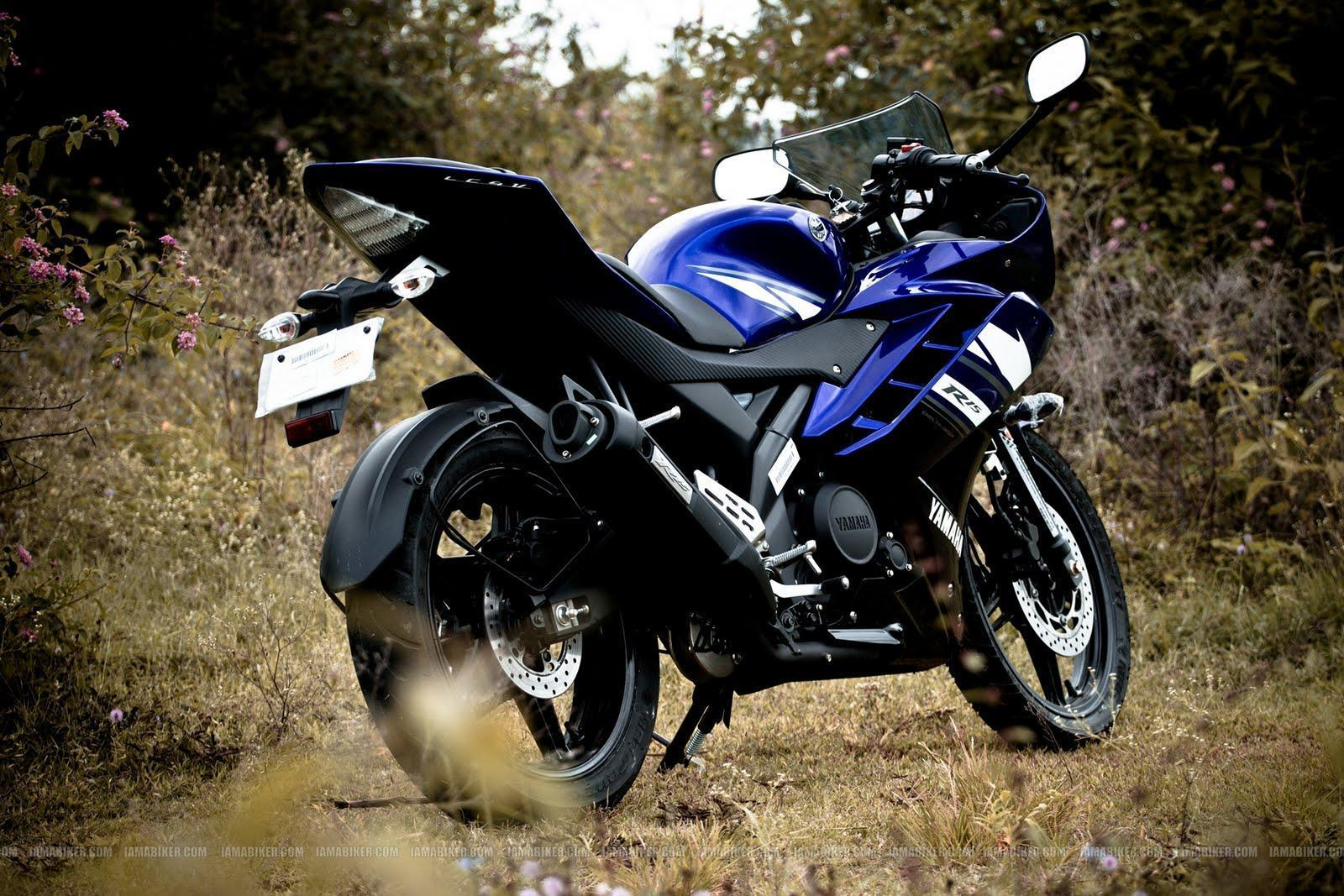 r15 bike stunts wallpapers hd