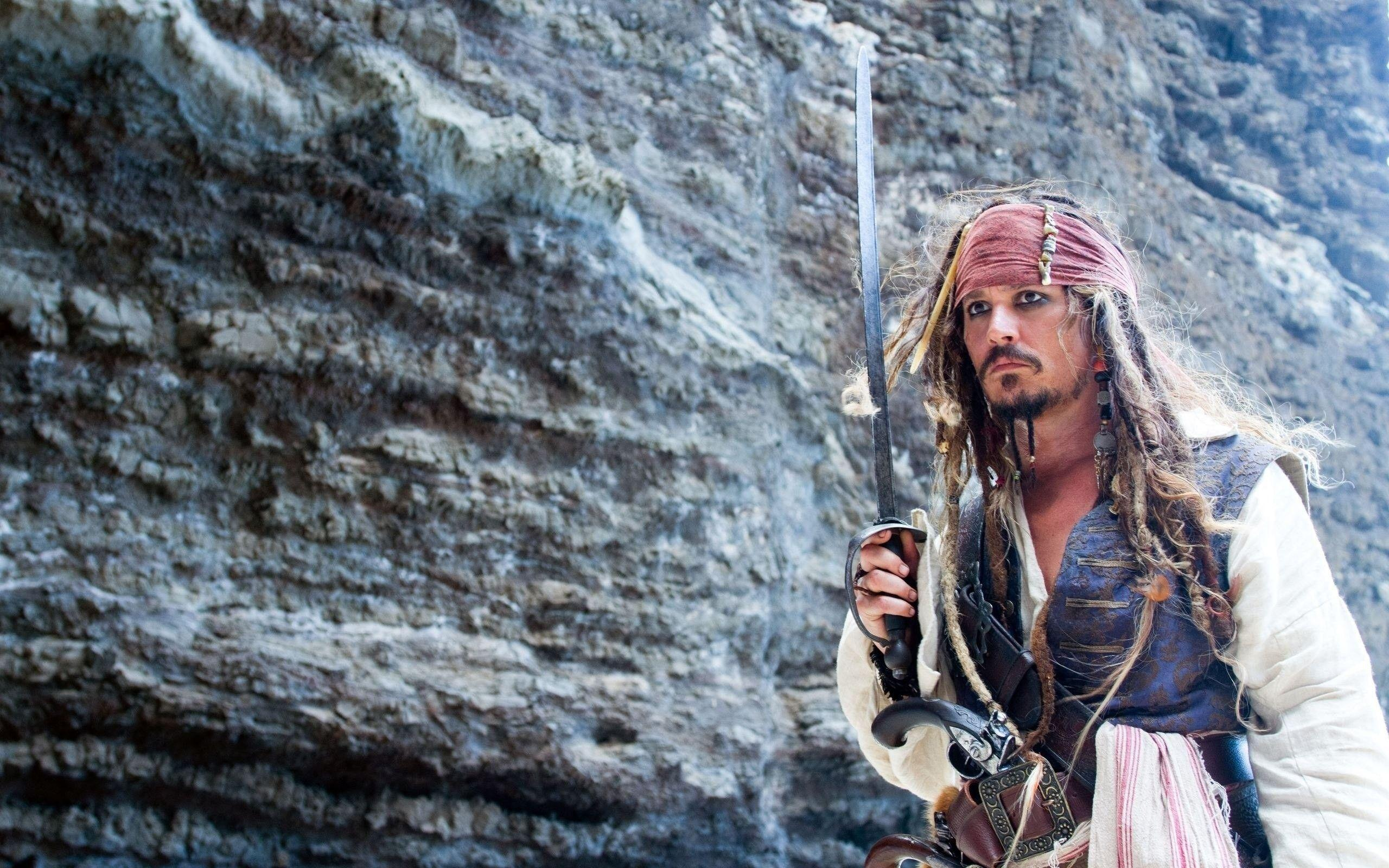 Jack Sparrow alias Johnny Depp in The Pirates of the Caribbean ...