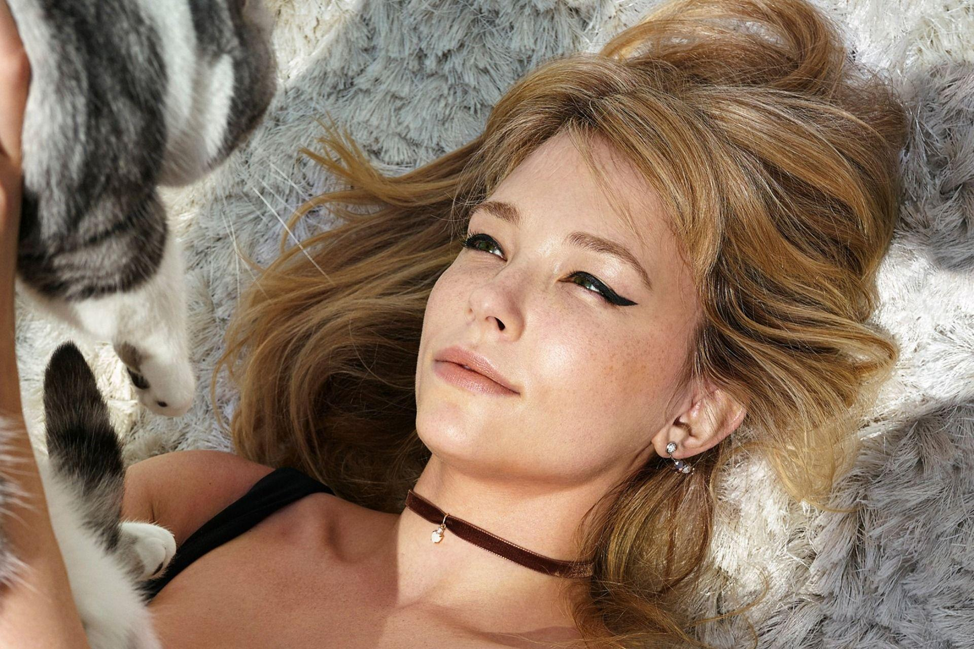 Haley Bennett 2017 Wallpaper 11968 - Baltana