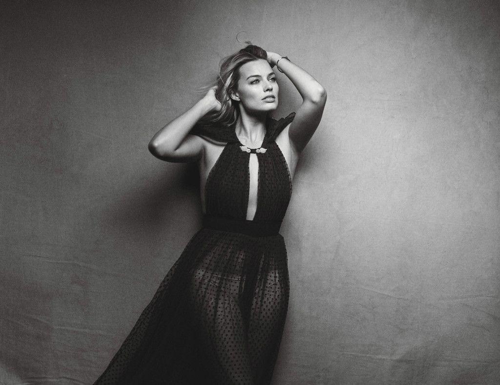 Margot Robbie, actress, 2017 photoshoot, monochrome wallpaper ...