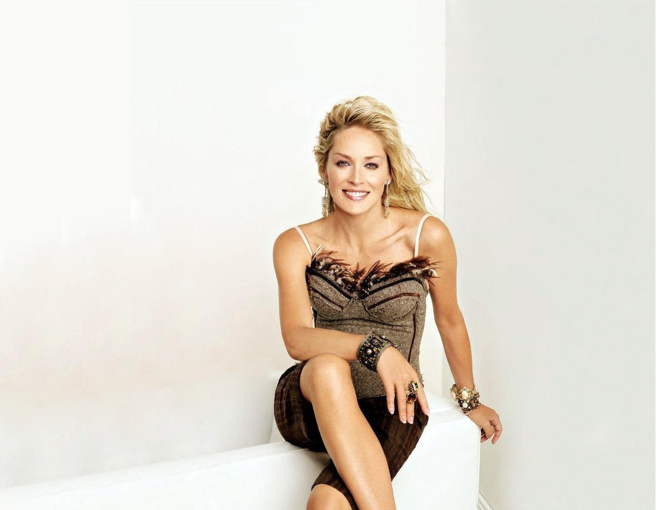Sharon stone sexy and hot picture wallpapers