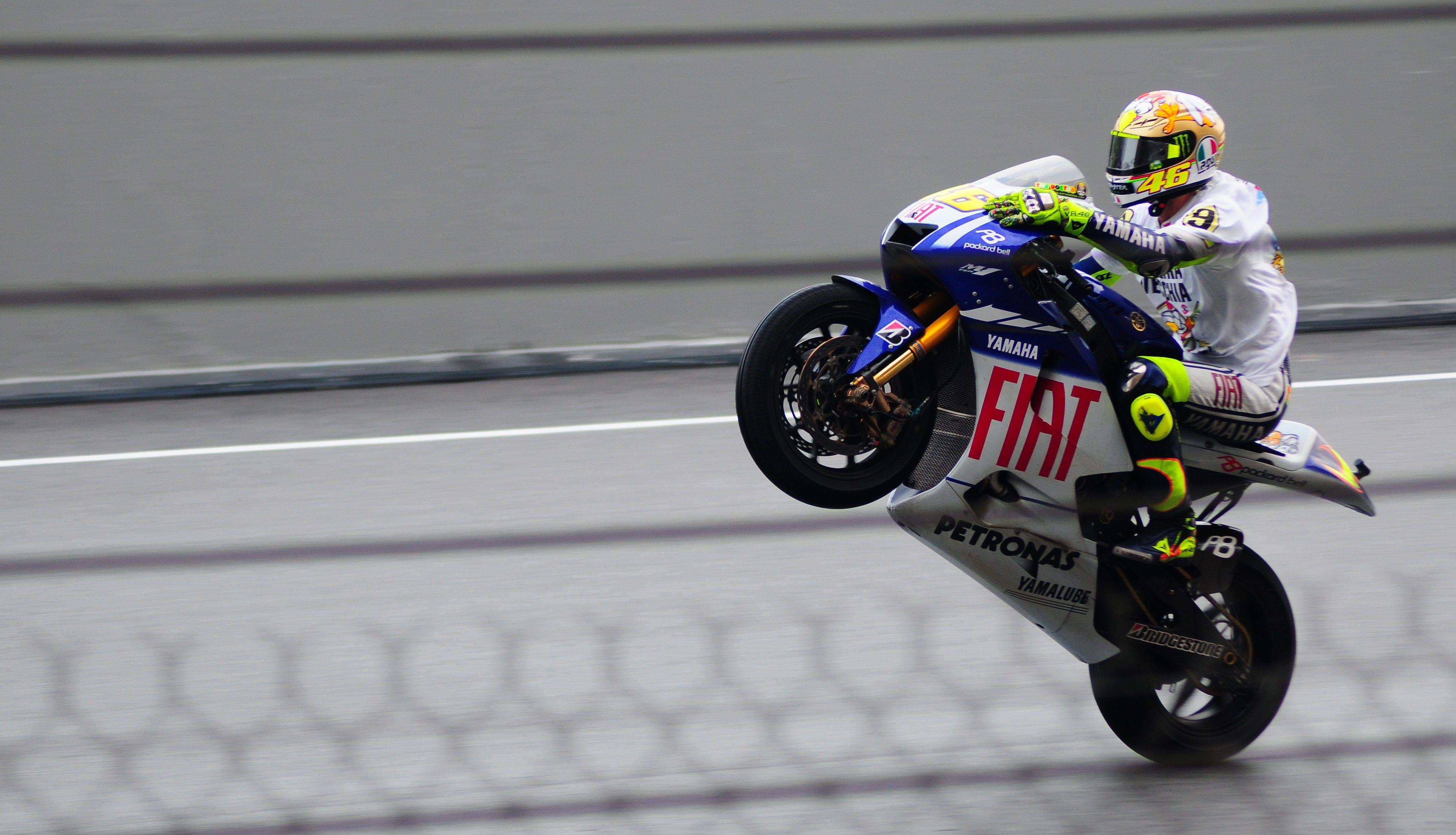 valentino rossi images - Google Search | Bikes and more Bikes ...