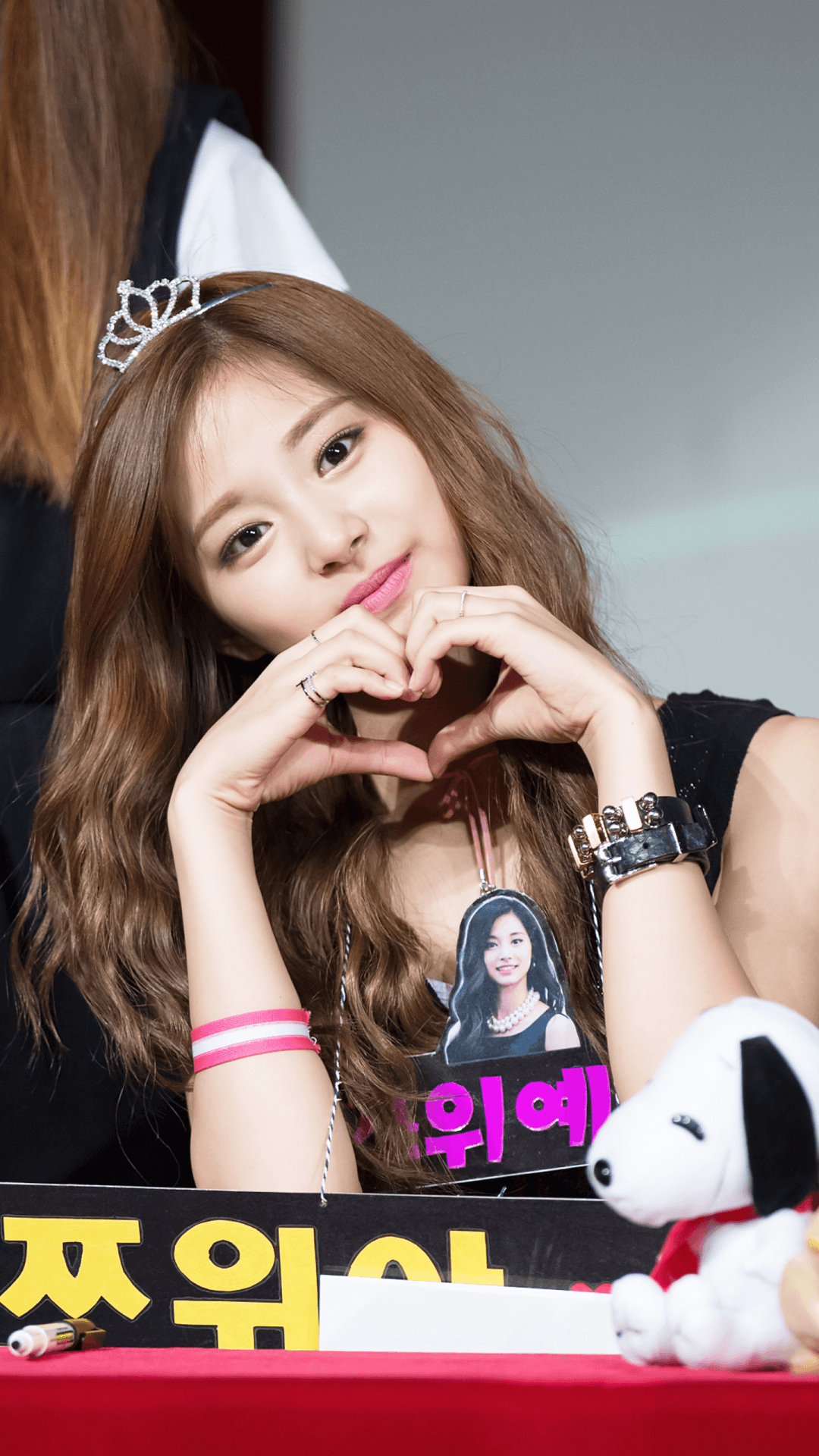 tzuyu wallpapers hashtag Image on Tumblr