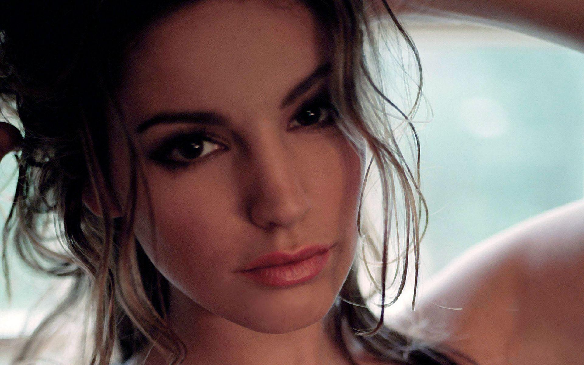 Kelly Brook Wallpapers - Wallpaper Cave