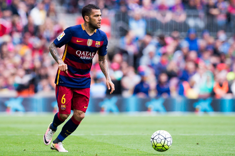 Daniel Alves in FC Barcelona v Granada CF - La Liga 1 of 4 ...  Dani Alves Barcelona
