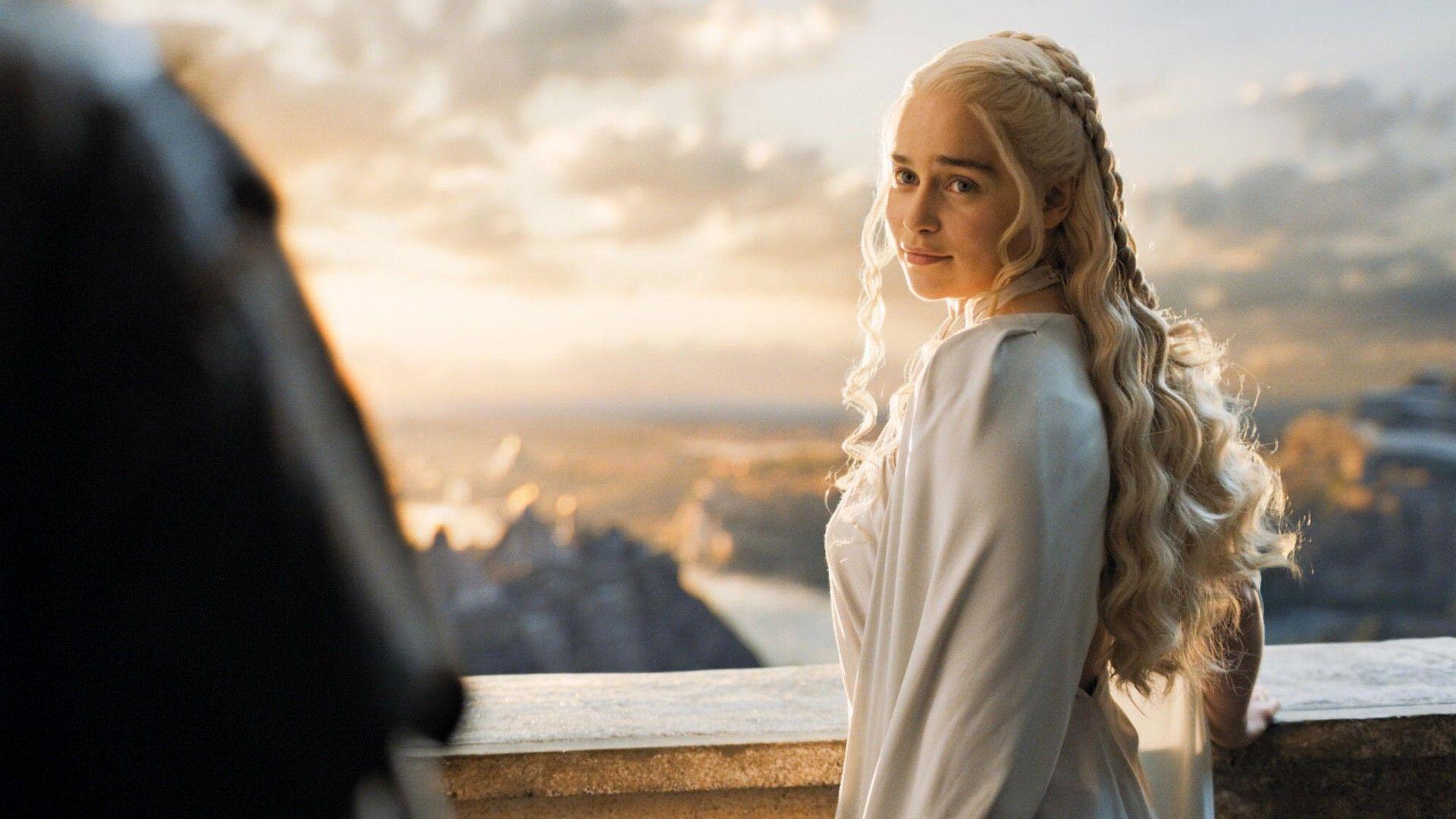 Emilia Clarke Game Of Thrones Wallpapers Wallpaper Cave