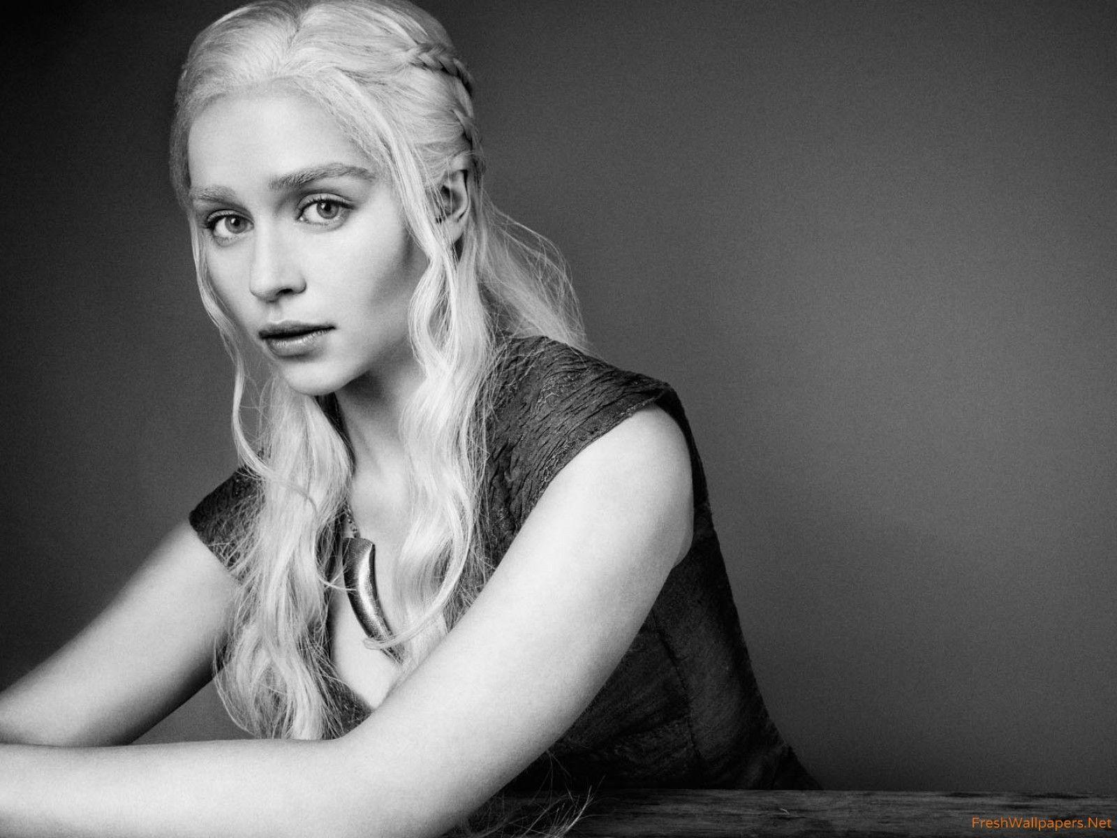Emilia Clarke Game Of Thrones Wallpaper: Emilia Clarke Game Of Thrones Wallpapers
