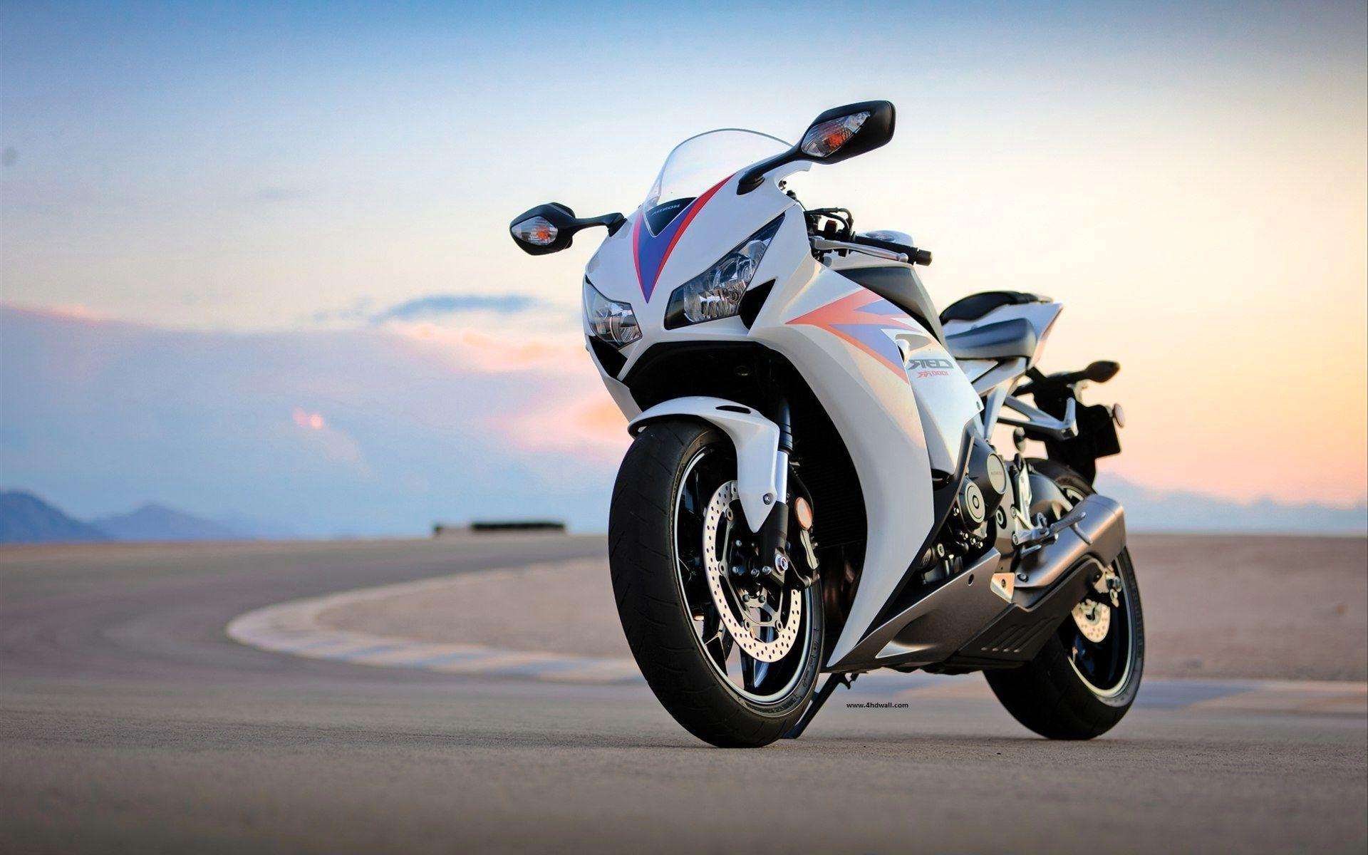 Superbike Hd Wallpaper Full Screen: Bullet Bike Wallpapers