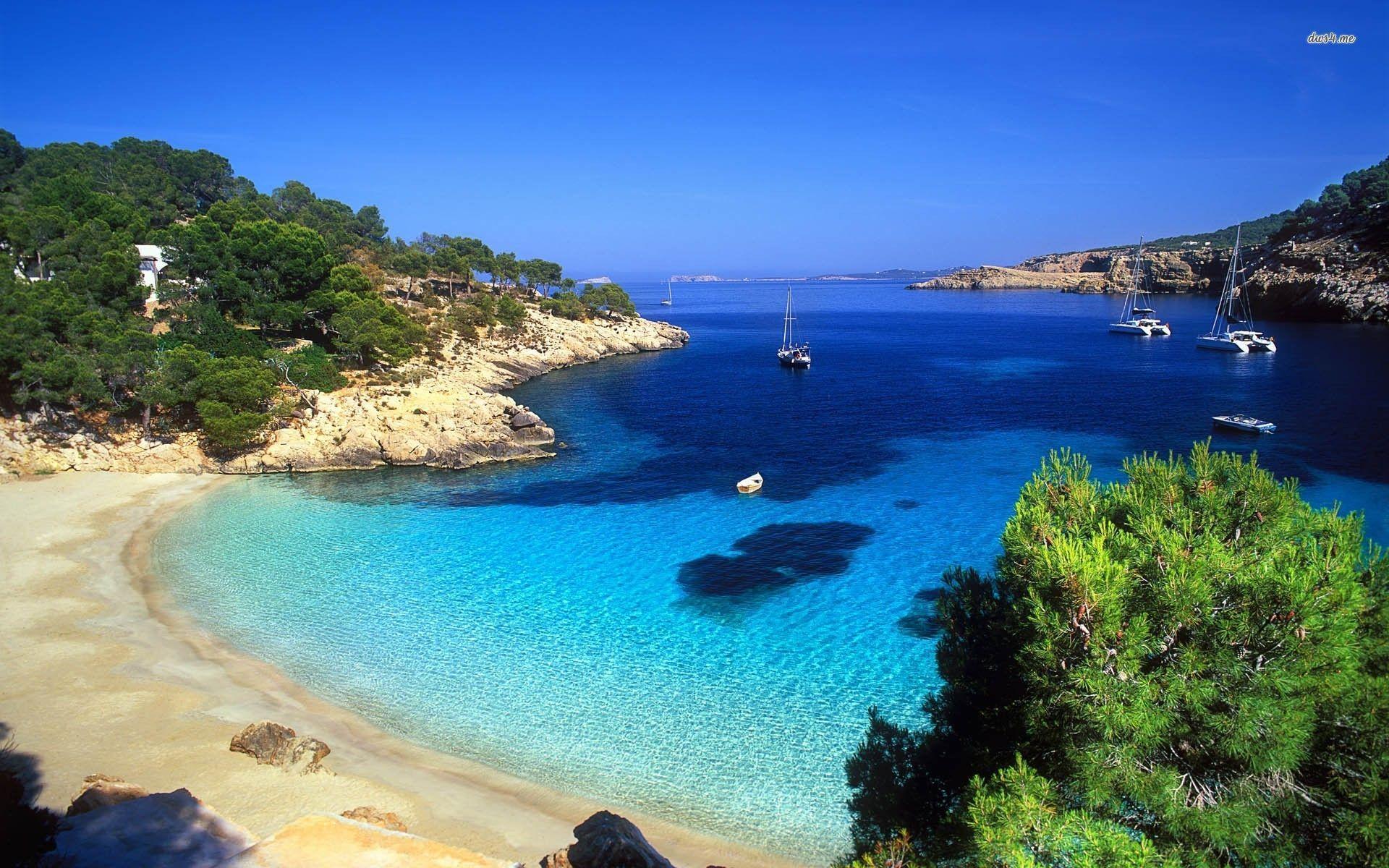 Visit Ibiza and Barcelona, Spain with BenMoorTravel All Inclusive
