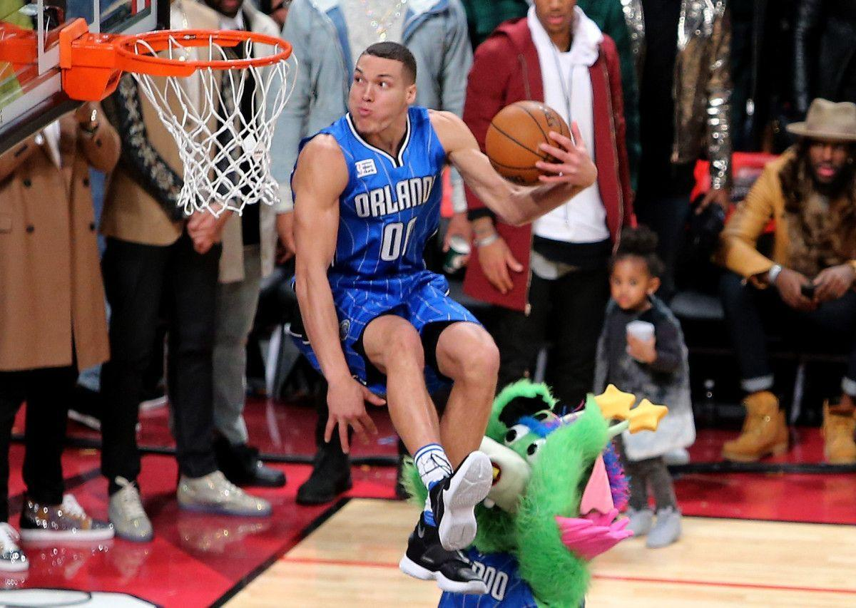 Aaron Gordon sits in the air and other great pictures from Slam ...