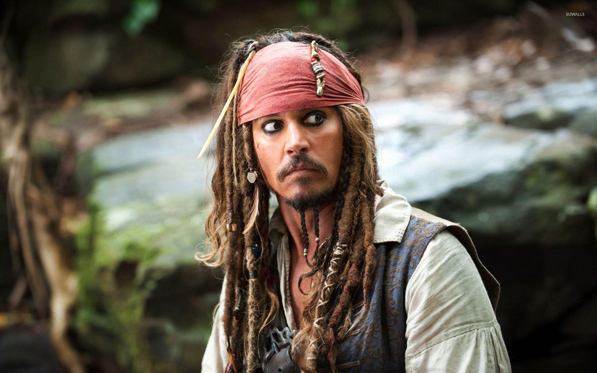 Captain Jack Sparrow - The Pirates of the Caribbean wallpaper ...