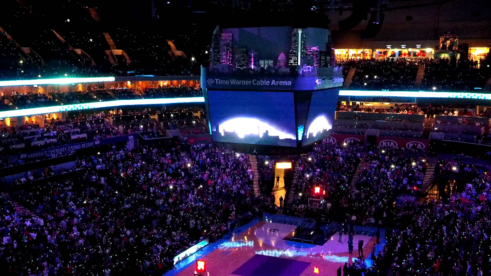 Charlotte Bobcats Hornets Identity Unveiling 12