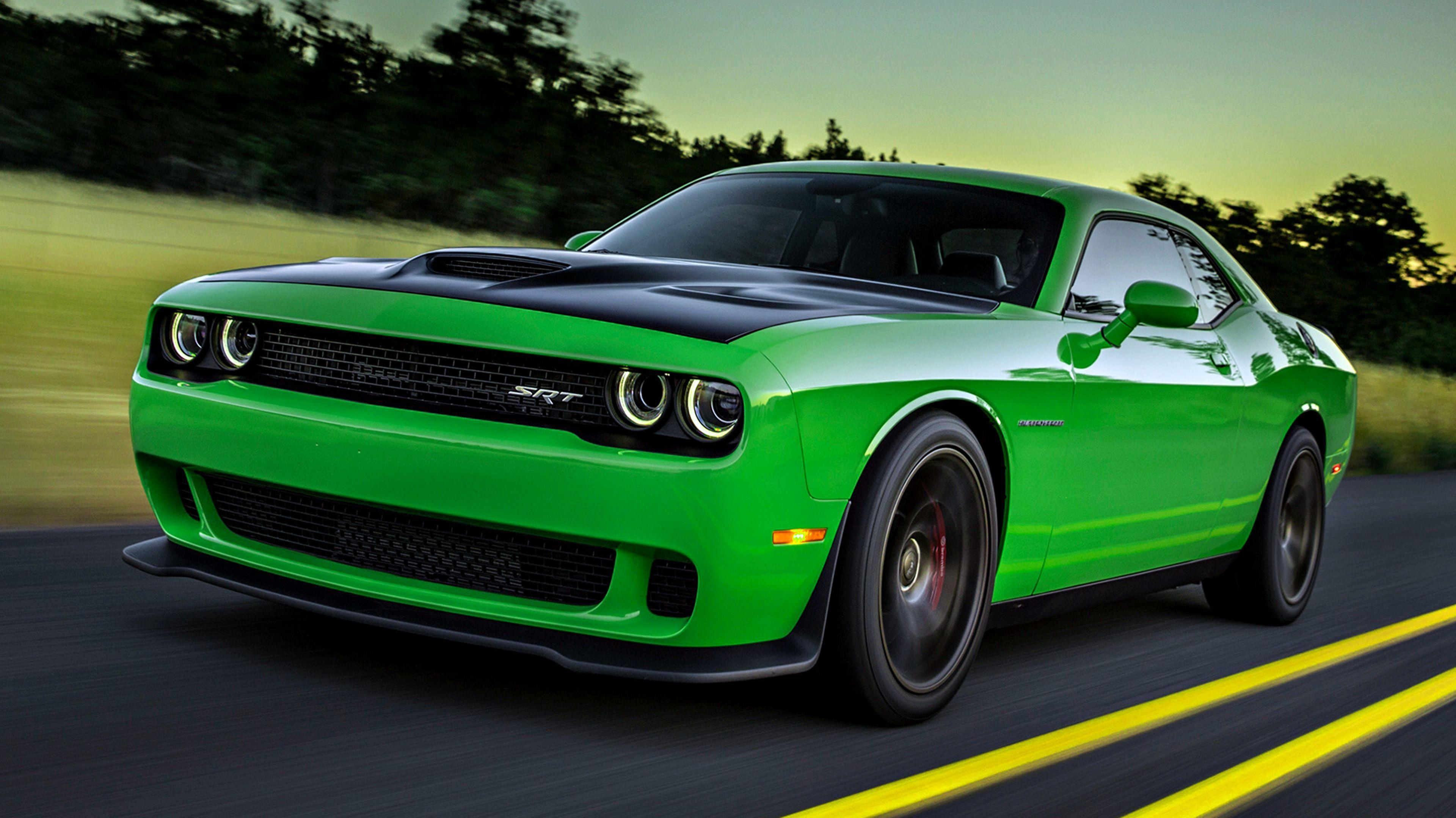 Dodge challenger hellcat wallpaper