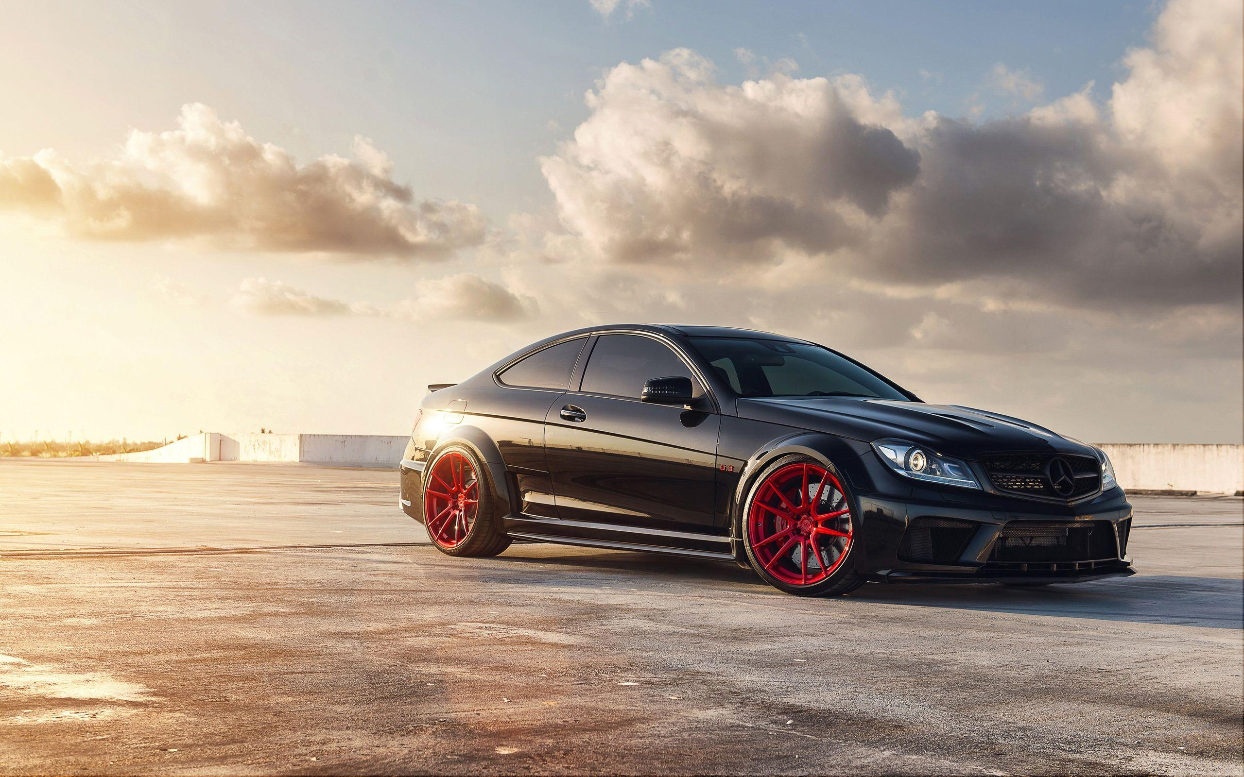 Mercedes Benz C63 AMG Wallpapers | HD Wallpapers