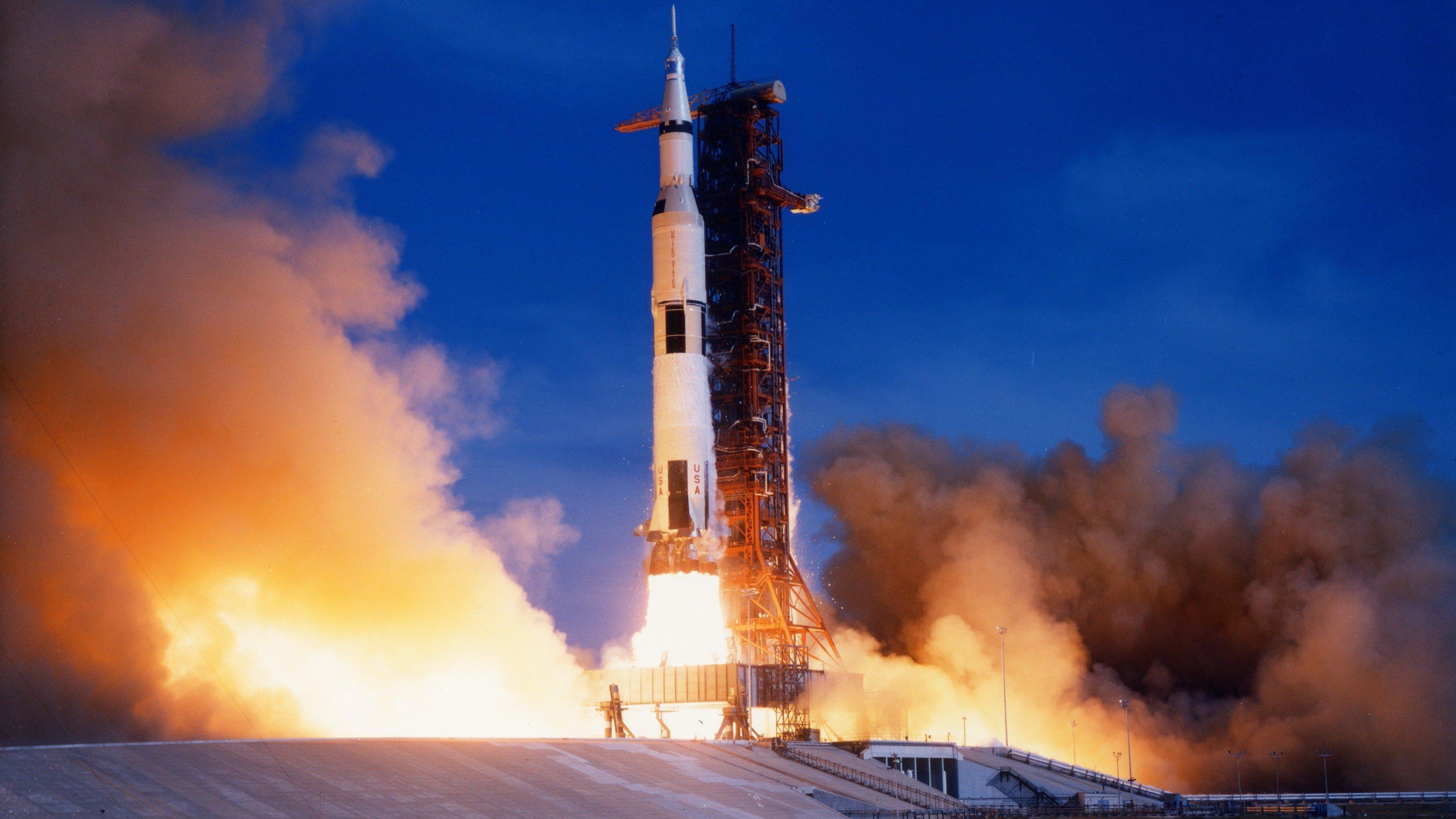 apollo 11 launch - HD2560×1600