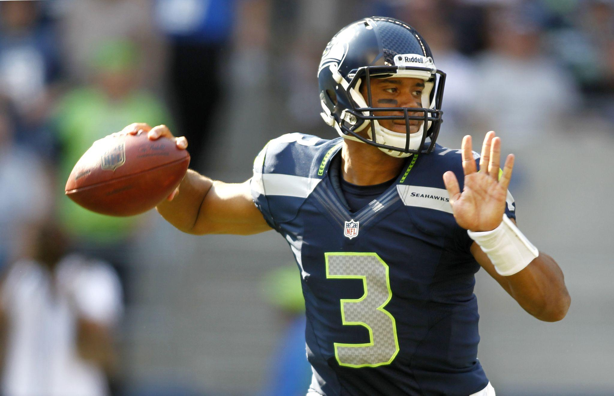 Russell Wilson Wallpapers High Quality | Download Free