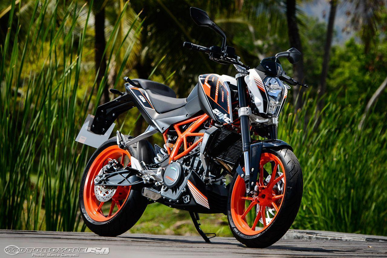 2015 KTM 390 Duke First Photos