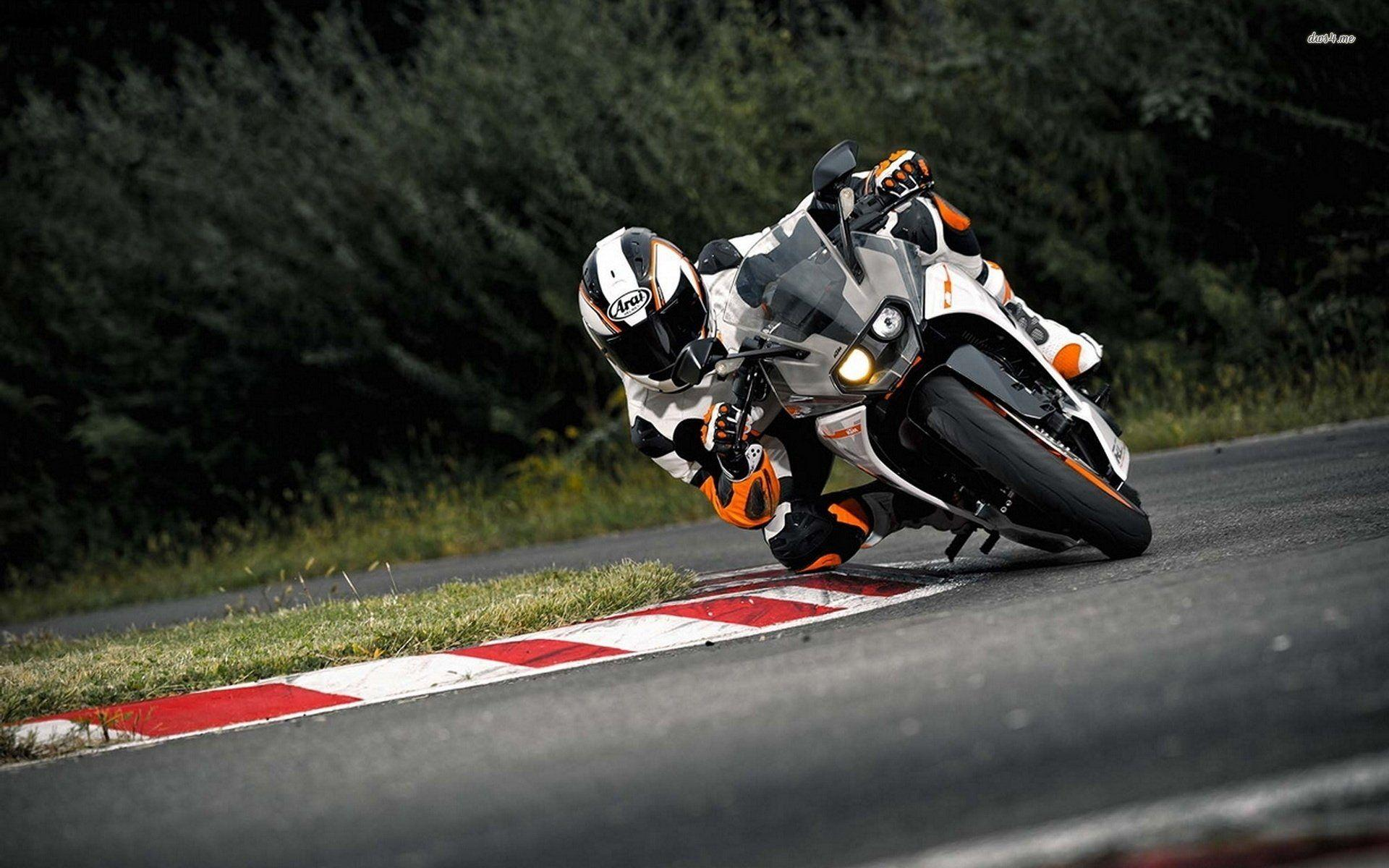 KTM 390 Duke Wallpapers