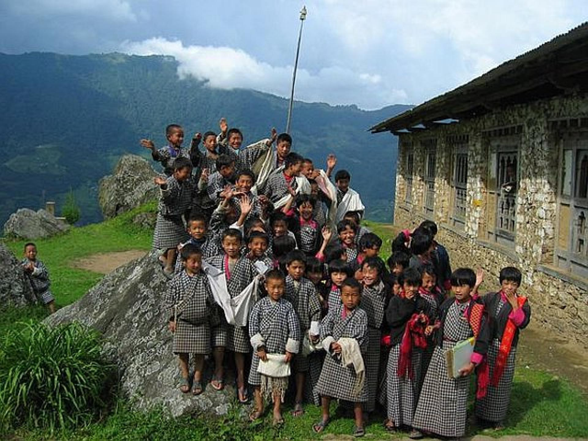 School Kids Children Bhutan Landscape Nature Hd City 1920x1440 ...