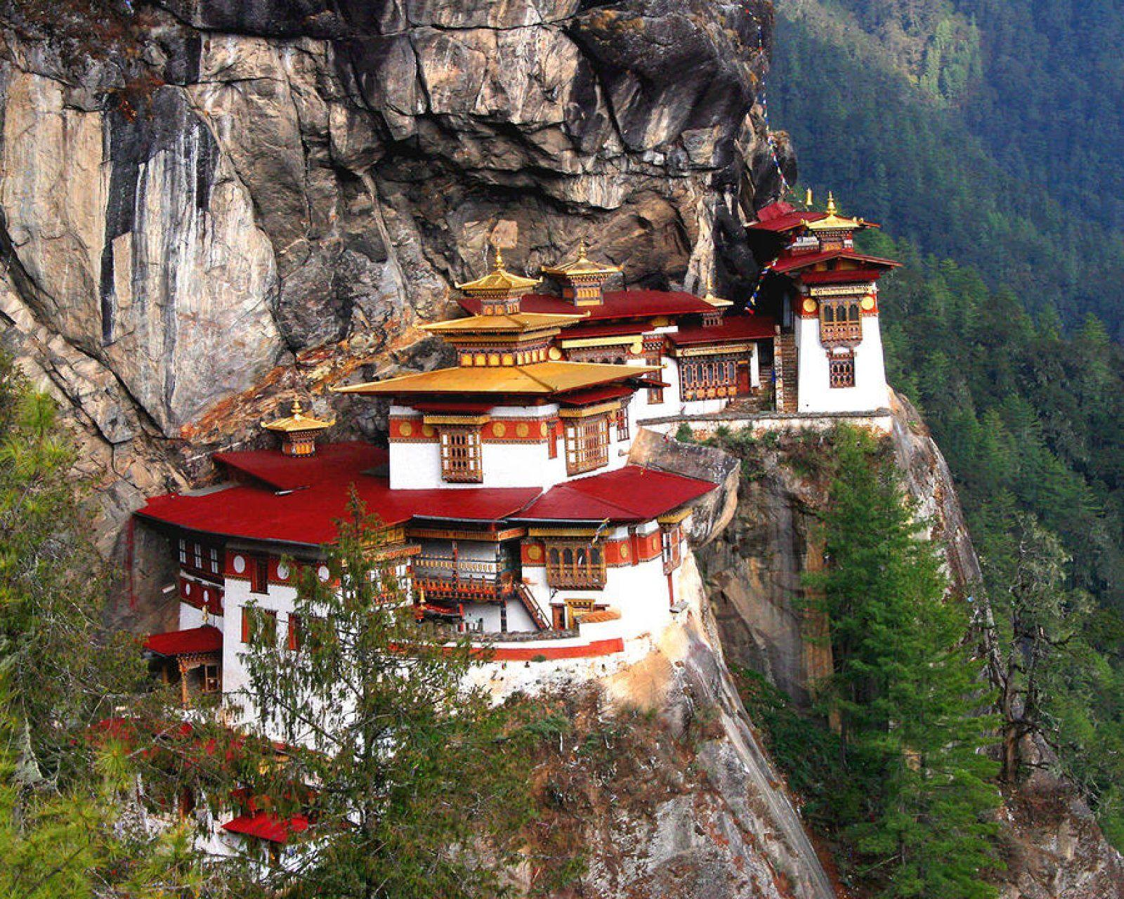 BHUTAN: Glimpse of Bhutan - 5 days