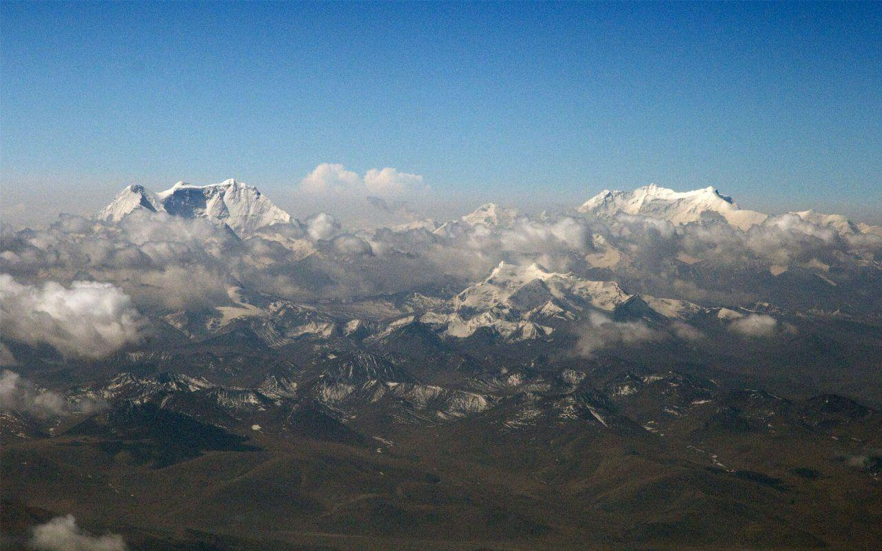 Gangkar Punsum Bhutan Mountain - HD Wallpapers Widescreen - 1280x800