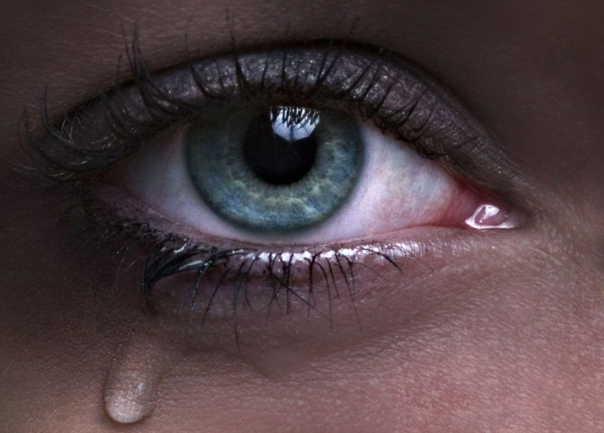 Домовым прикольные, картинки глаза в слезах