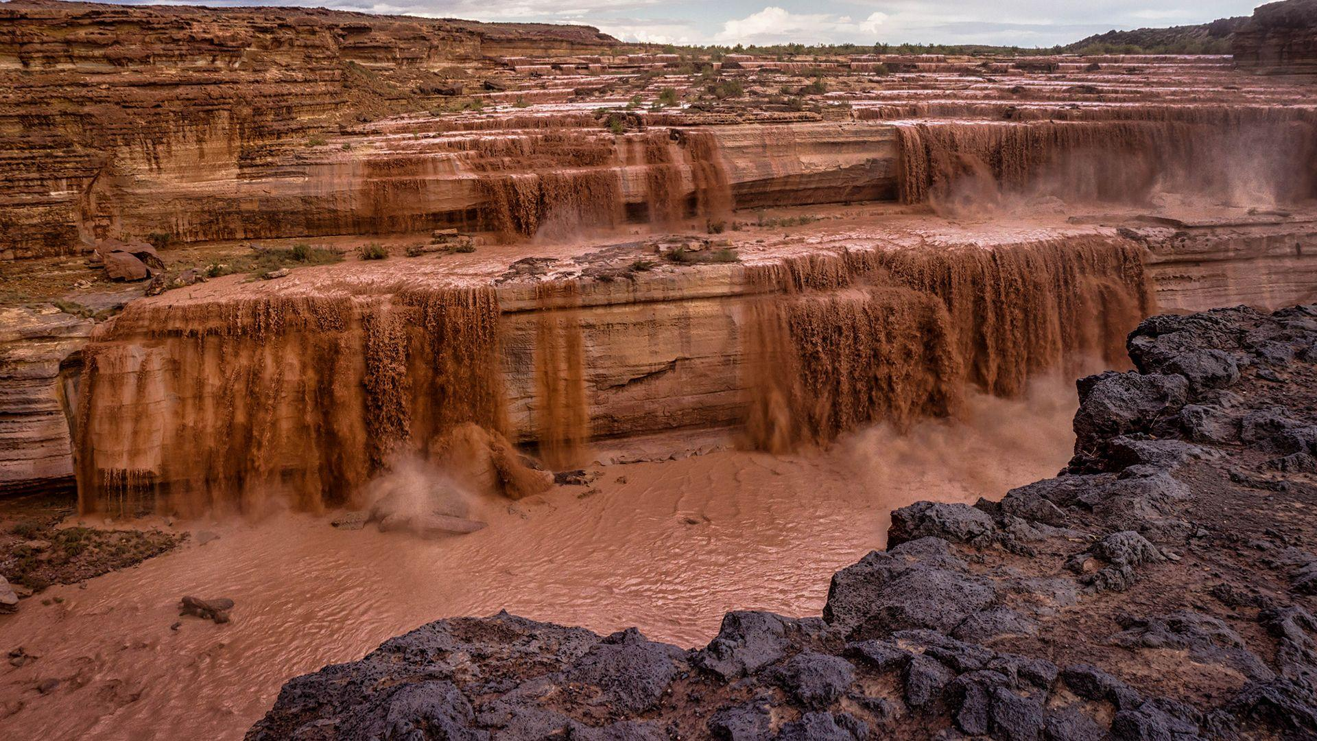 Waterfall Mud desert wallpapers