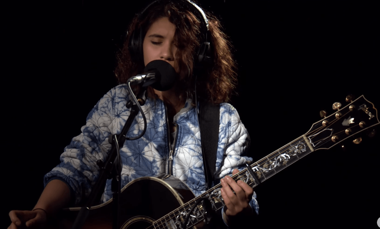 HD Alessia Cara Wallpapers
