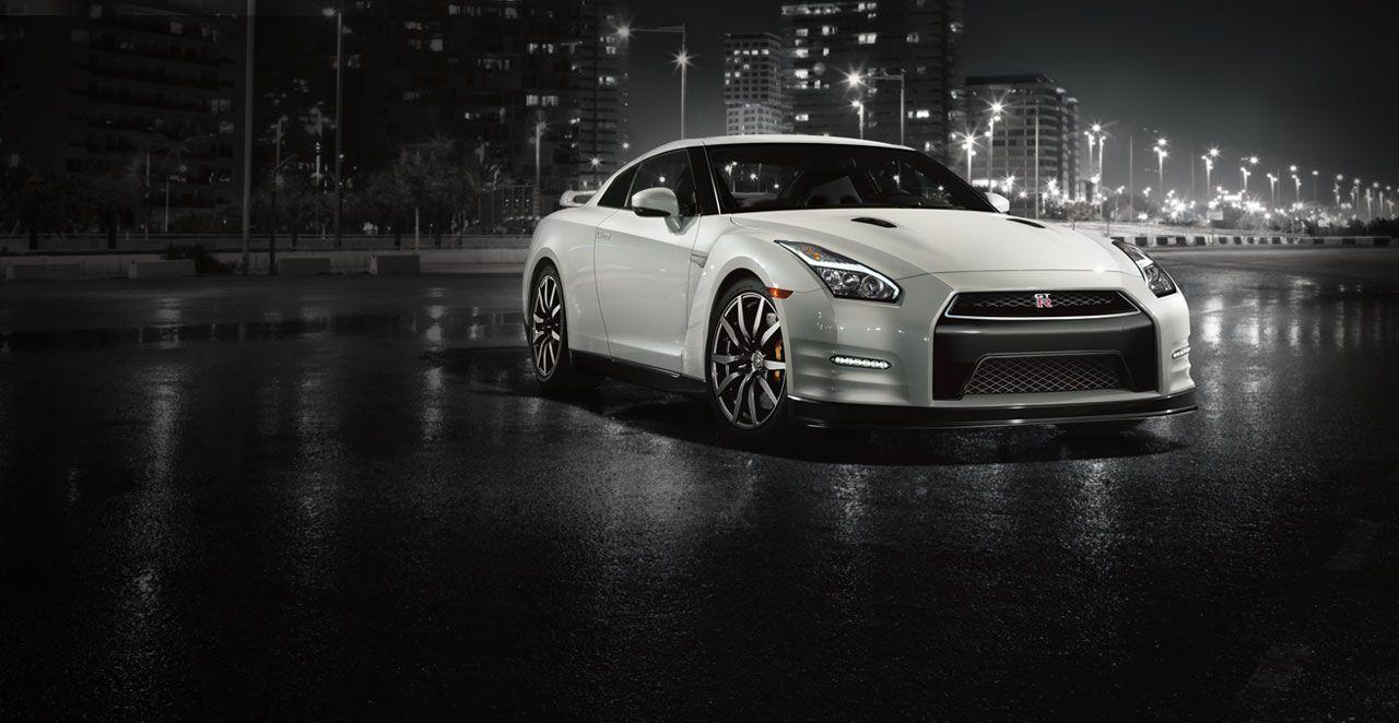 Nissan GTR R35 Wallpapers Group (90+)