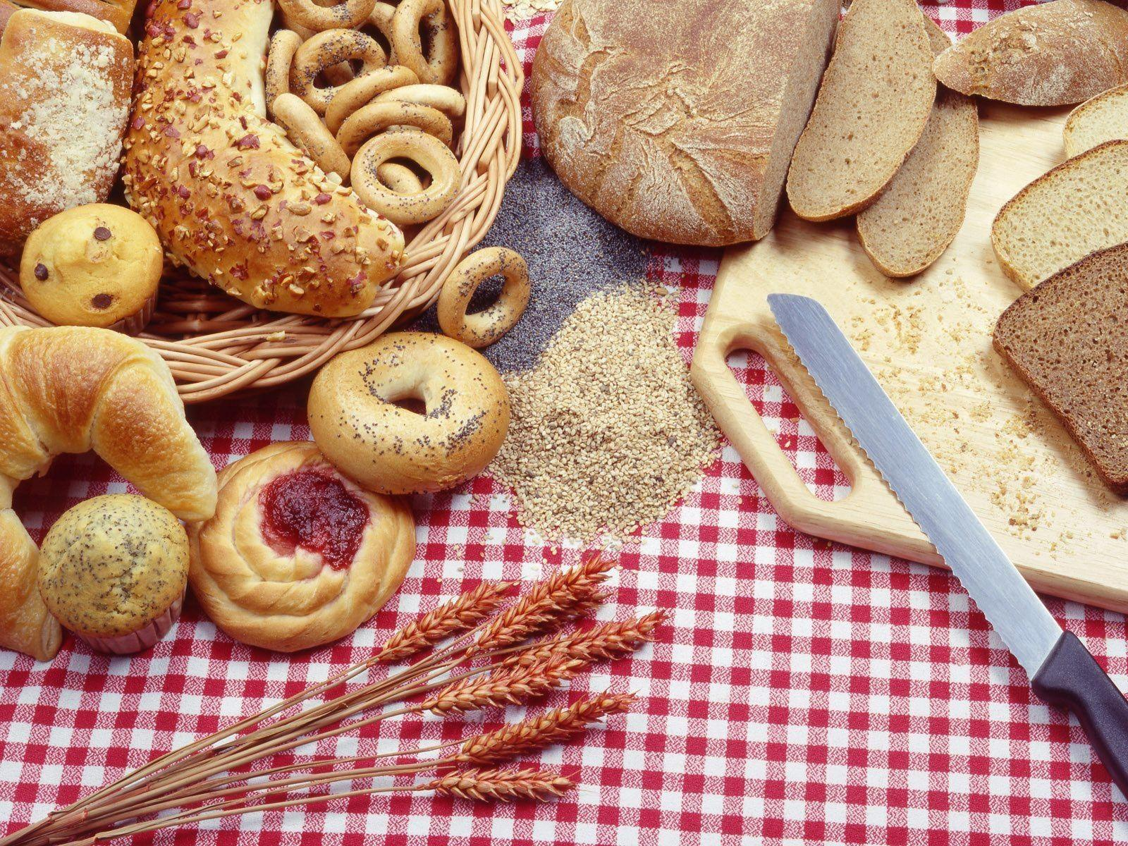 Download Wallpaper 1600x1200 Bakery, Spikes, Knives, Boards ...